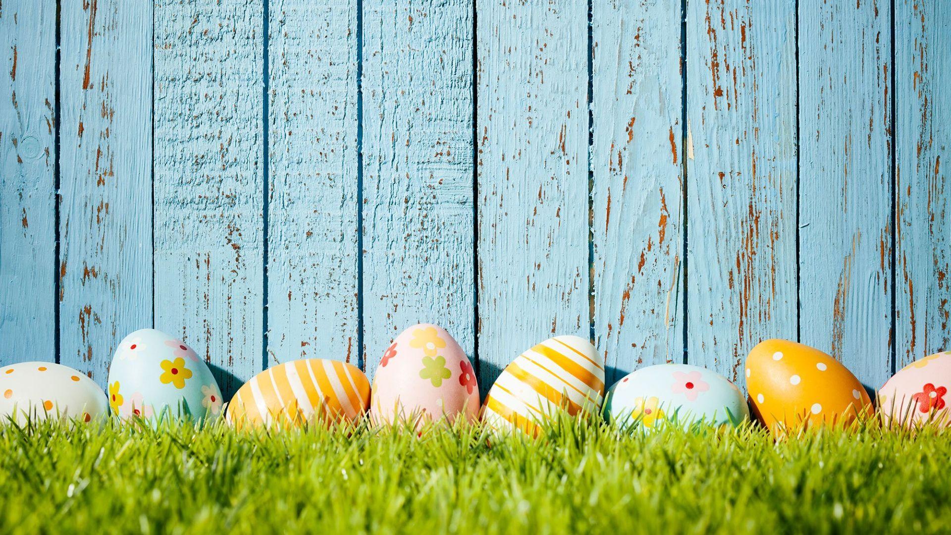 grass easter eggs