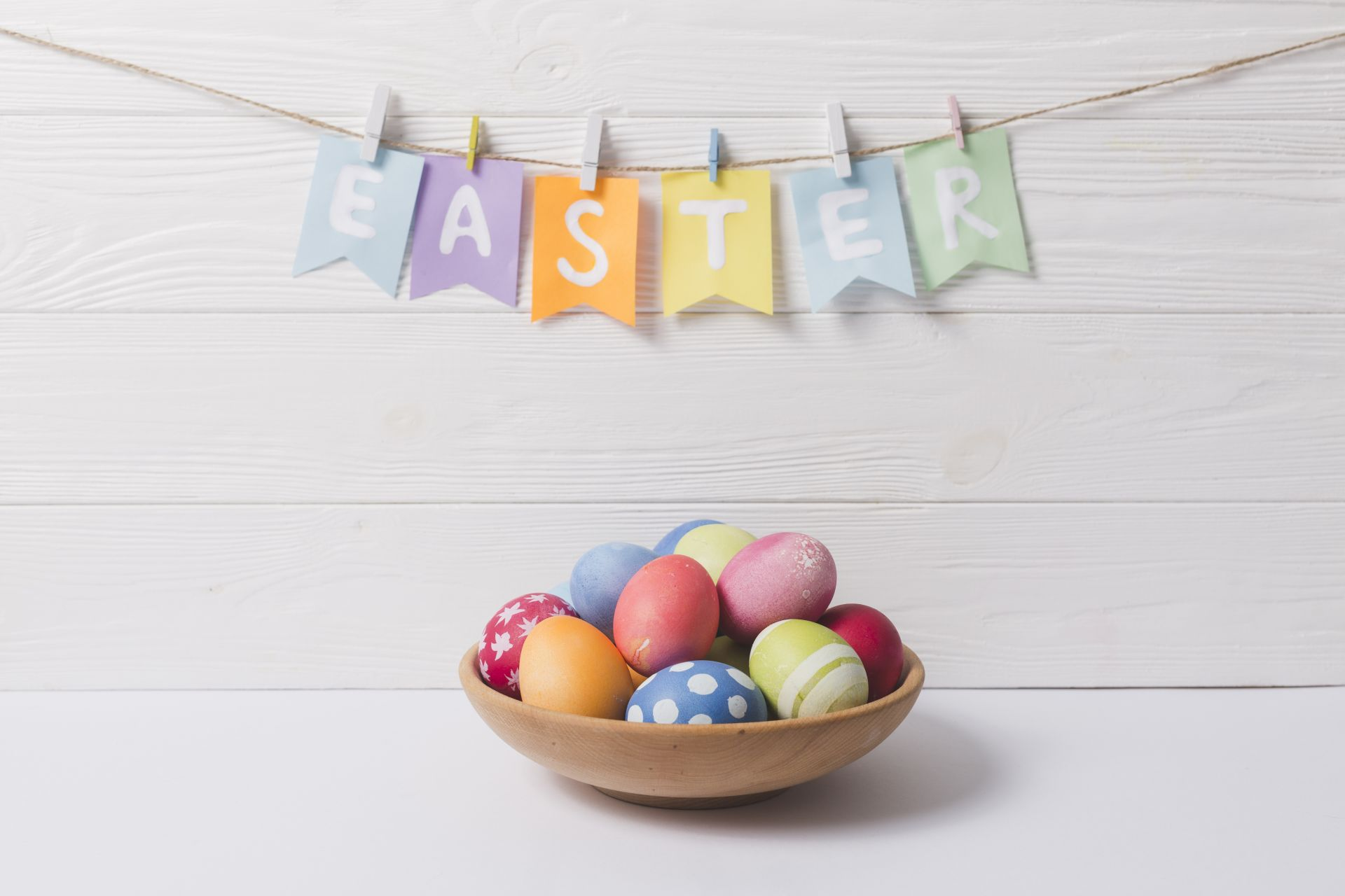 easter happy eggs