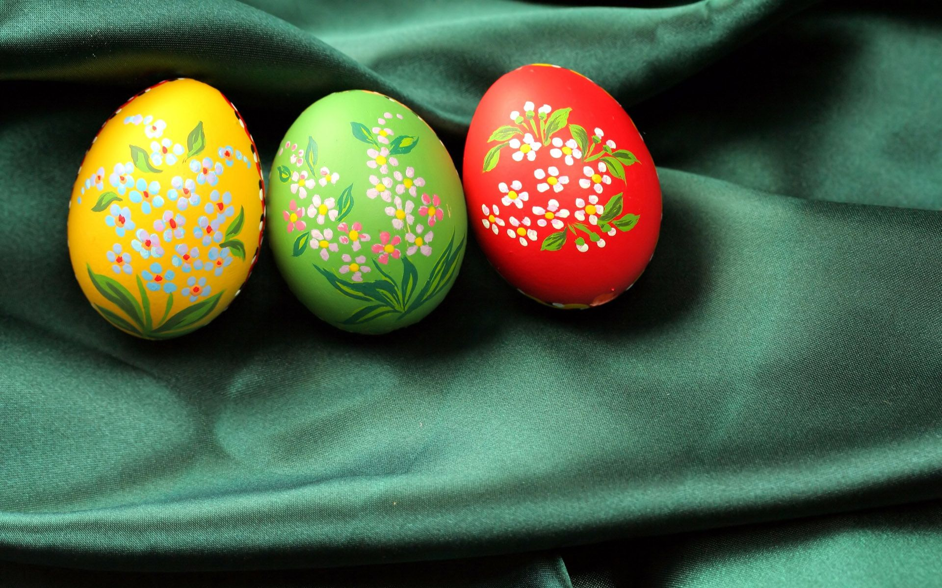 Green Background easter eggs
