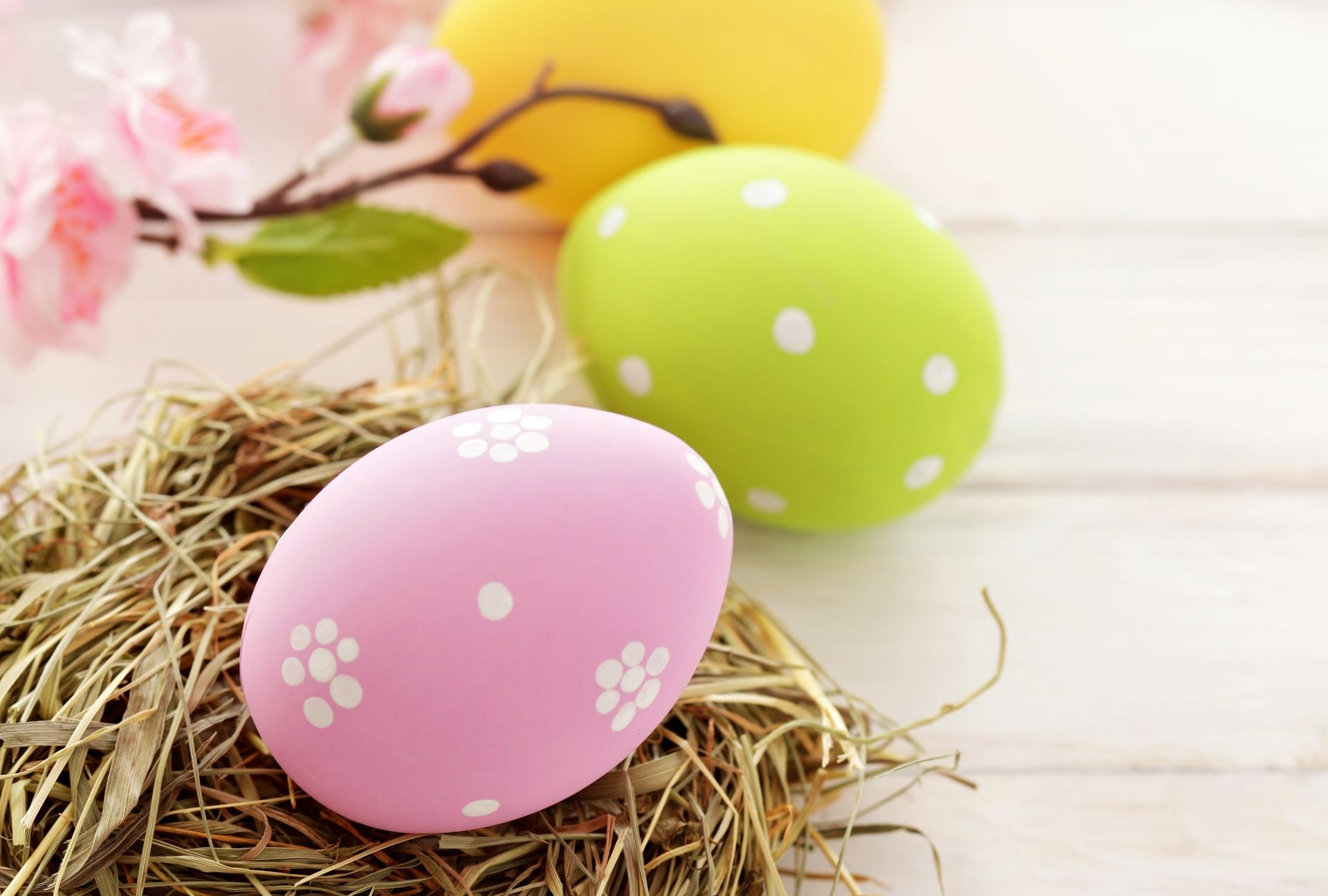Decorated Easter Eggs wallpaper
