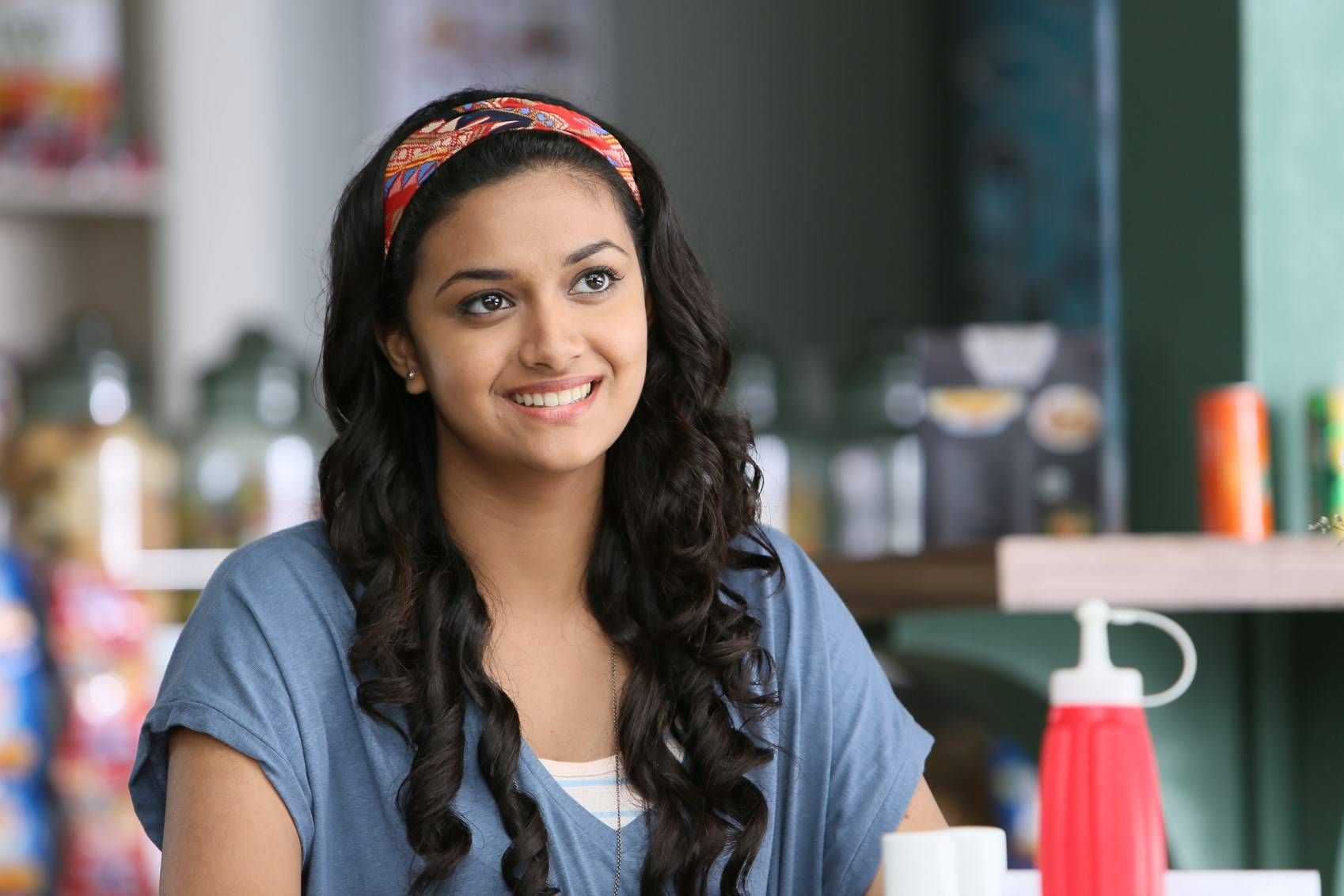 Keerthi Suresh, Full HD Wallpaper