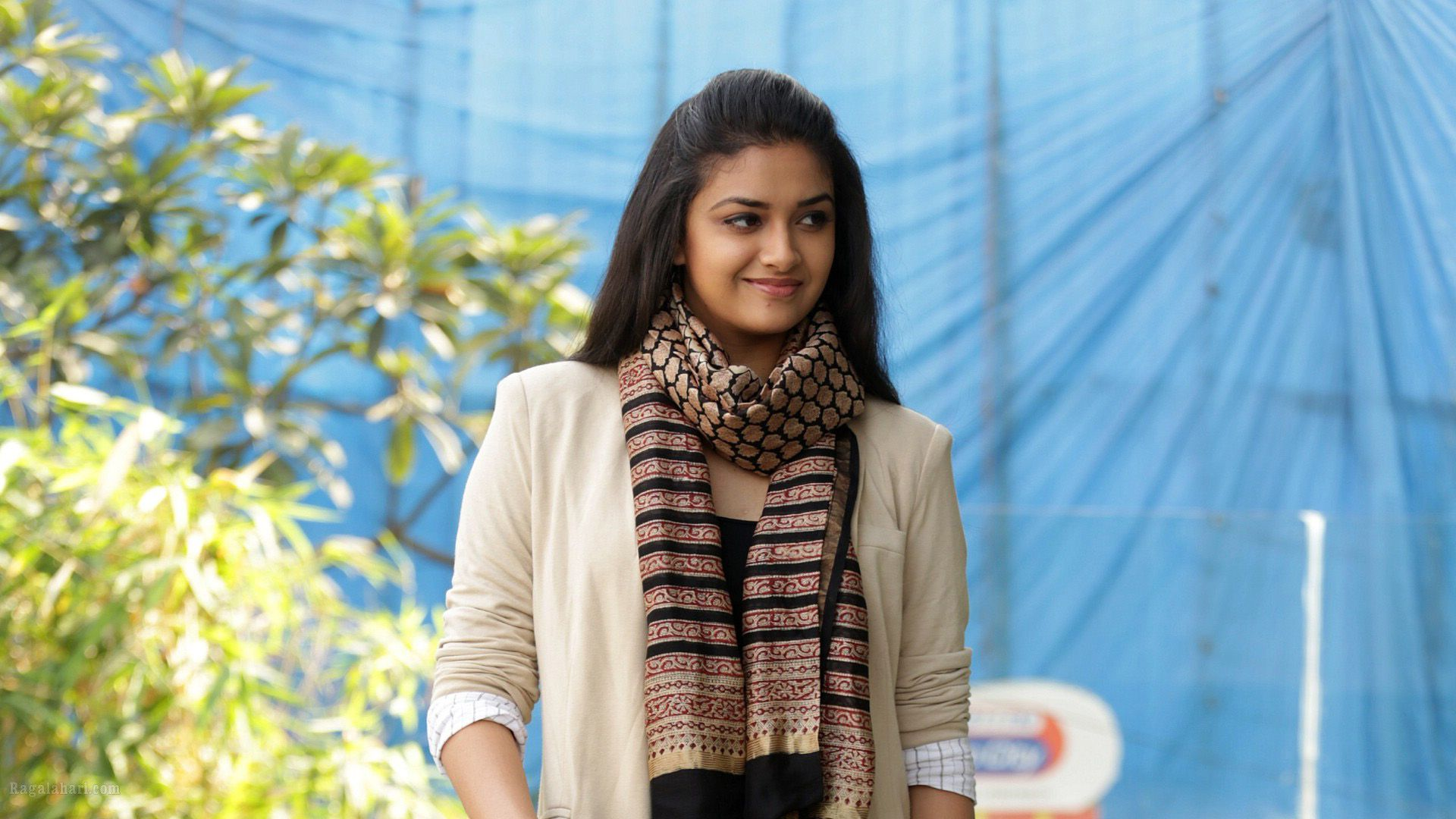 Keerthi Suresh, Free Wallpaper and Background