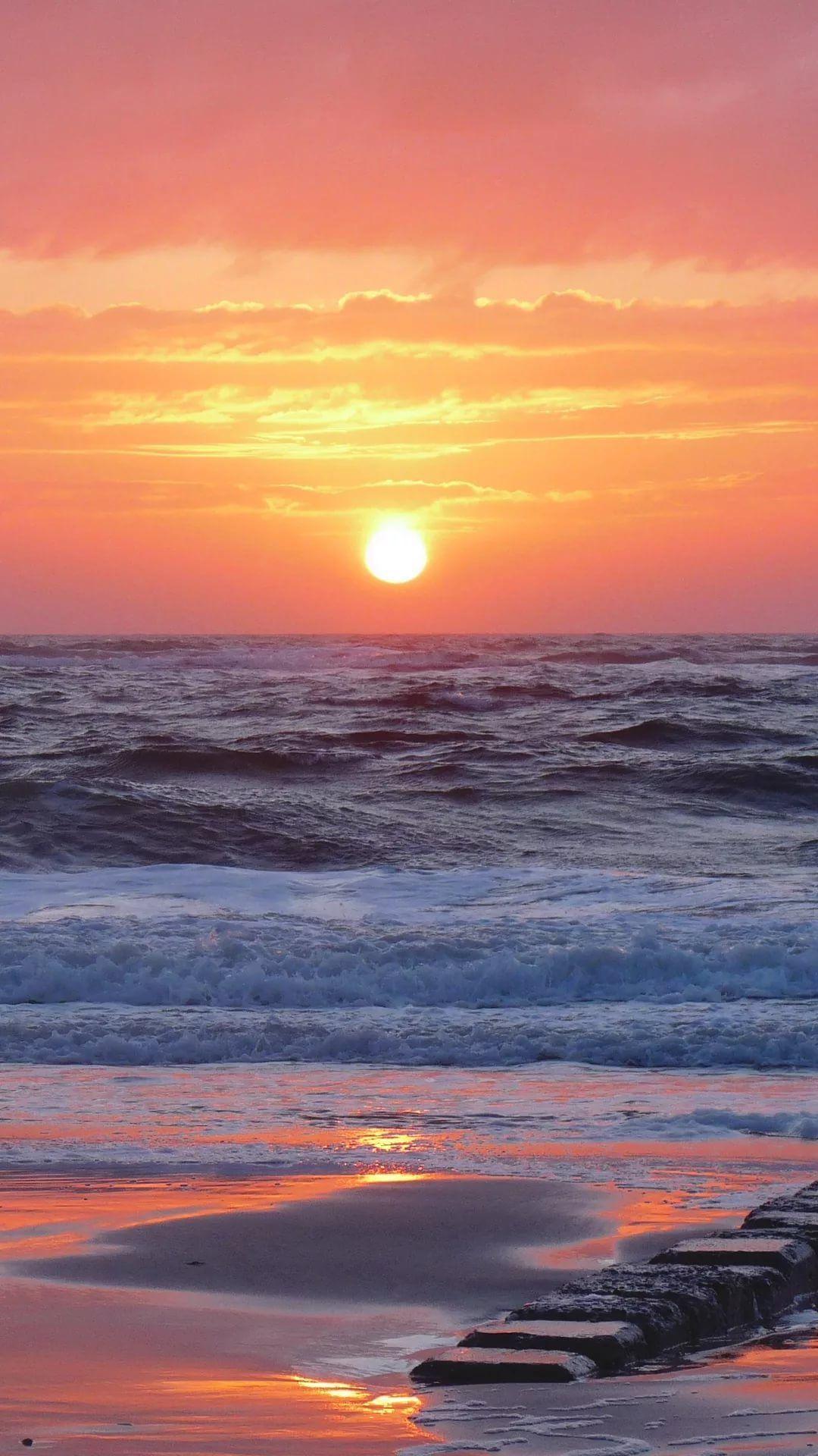 Beautiful Sunset iPhone 5 wallpaper