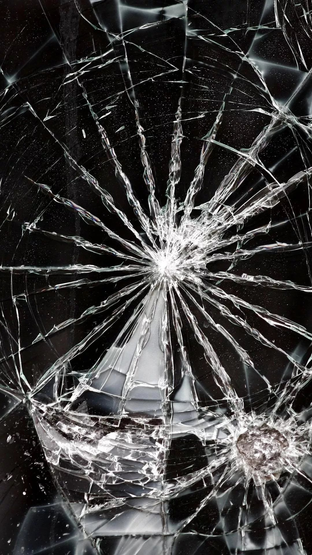 Cracked Phone iOS 7 wallpaper