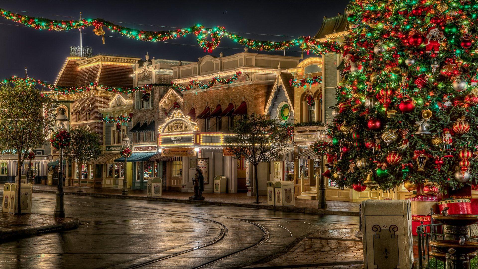 Disney Christmas laptop wallpaper