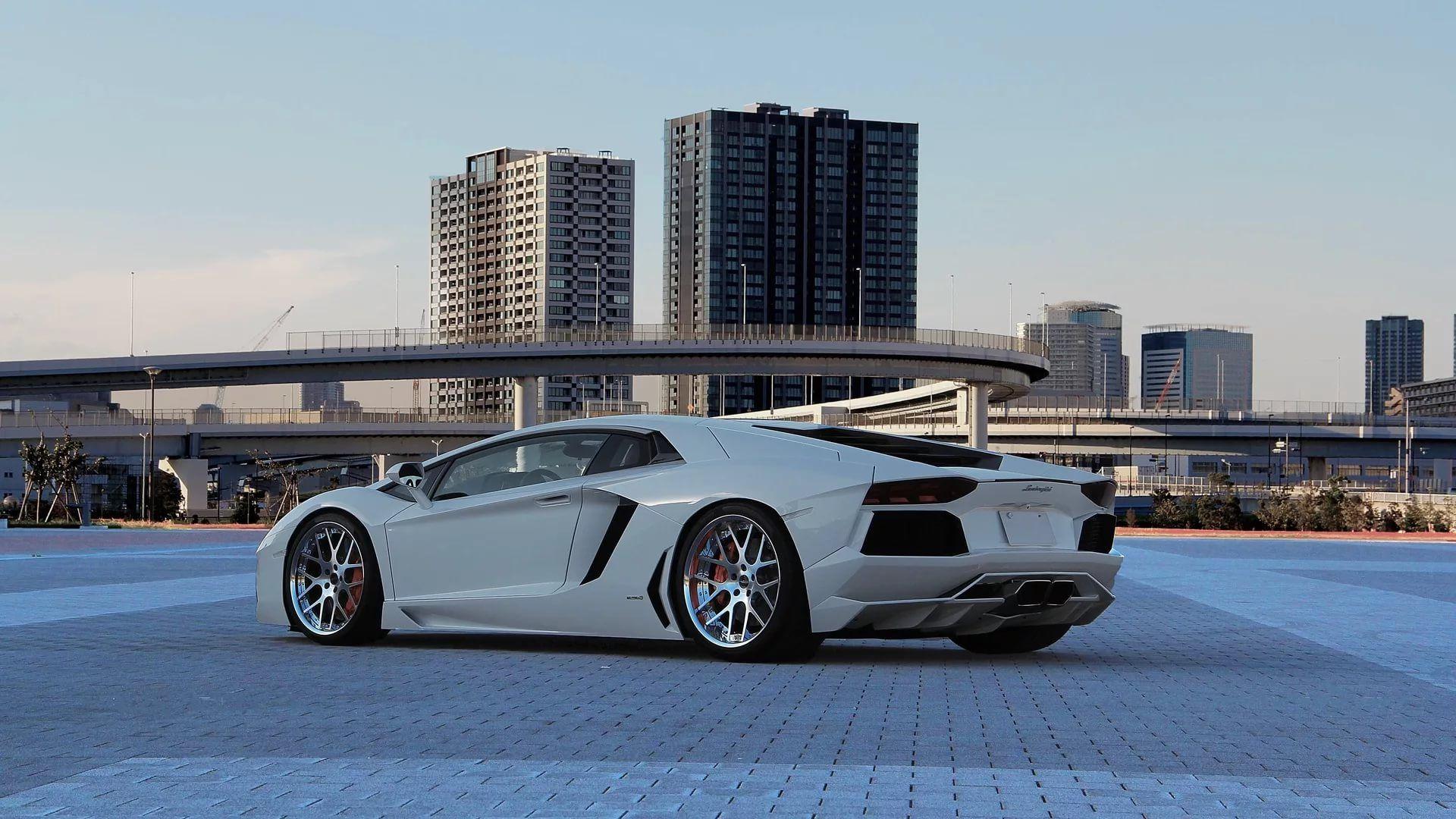 Lamborghini wallpaper theme