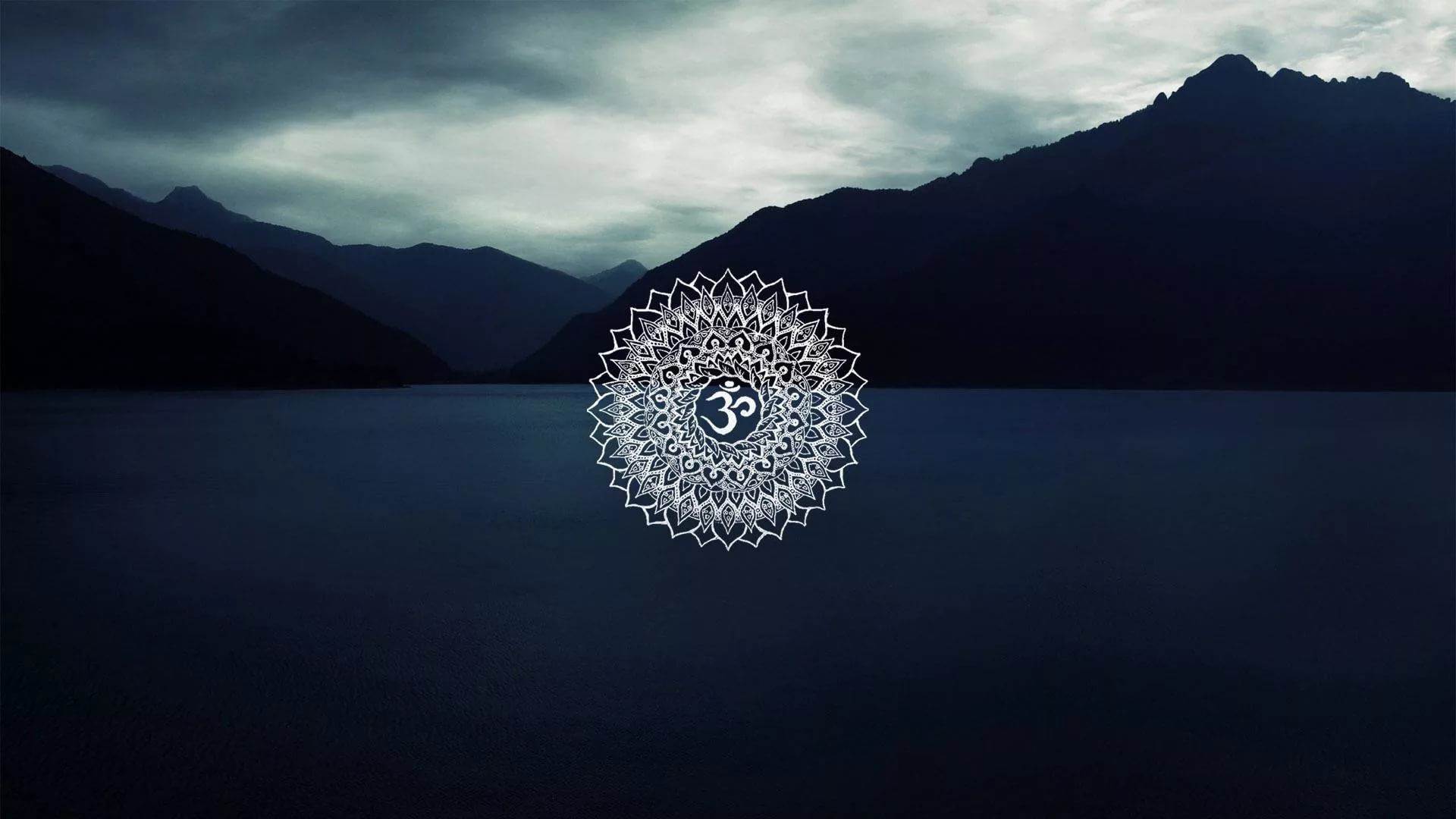 Om PC Wallpaper HD