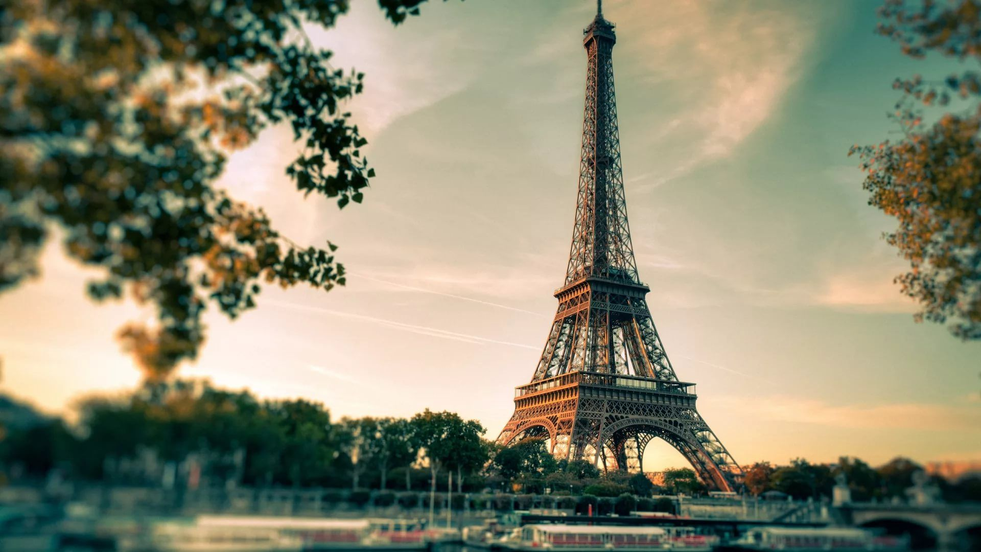 Cute Paris full hd wallpaper