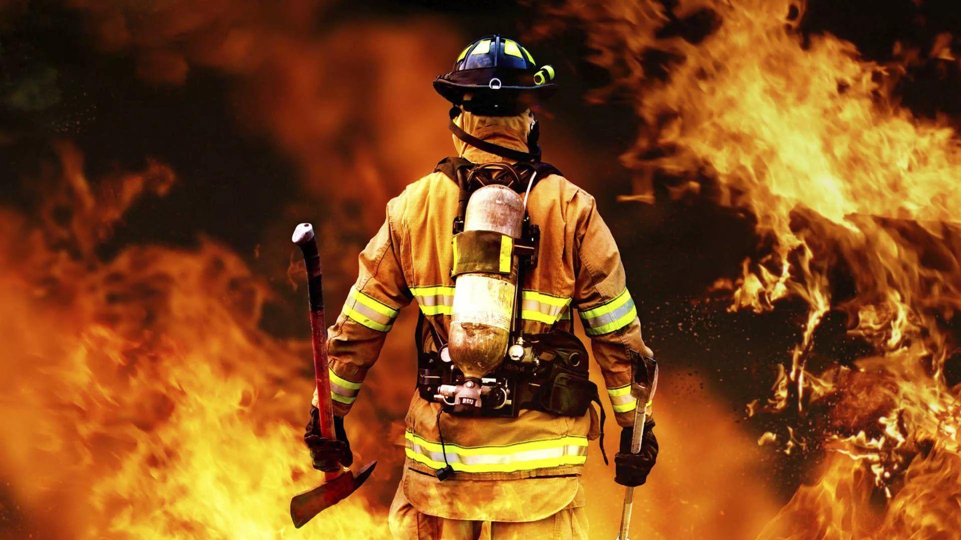 Firefighter screen wallpaper