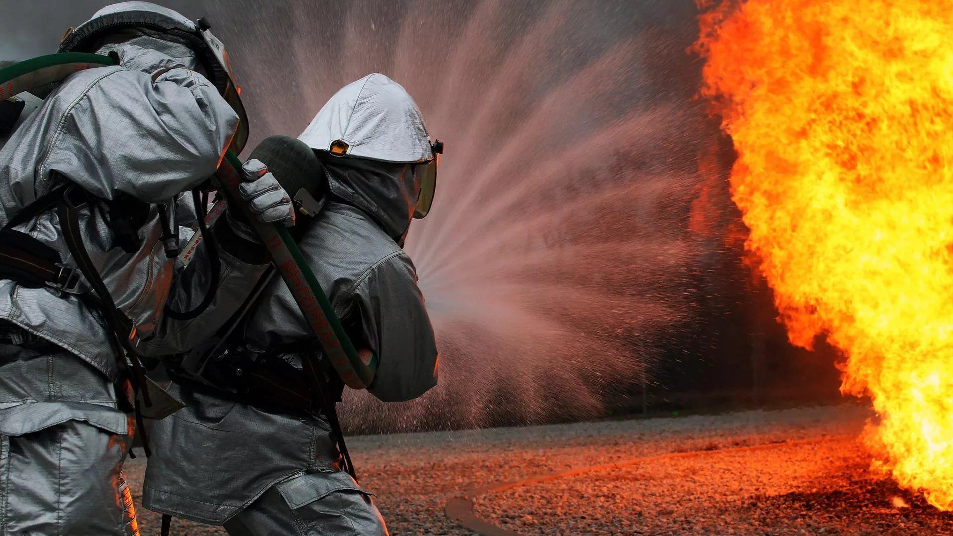 Firefighter PC Wallpaper HD