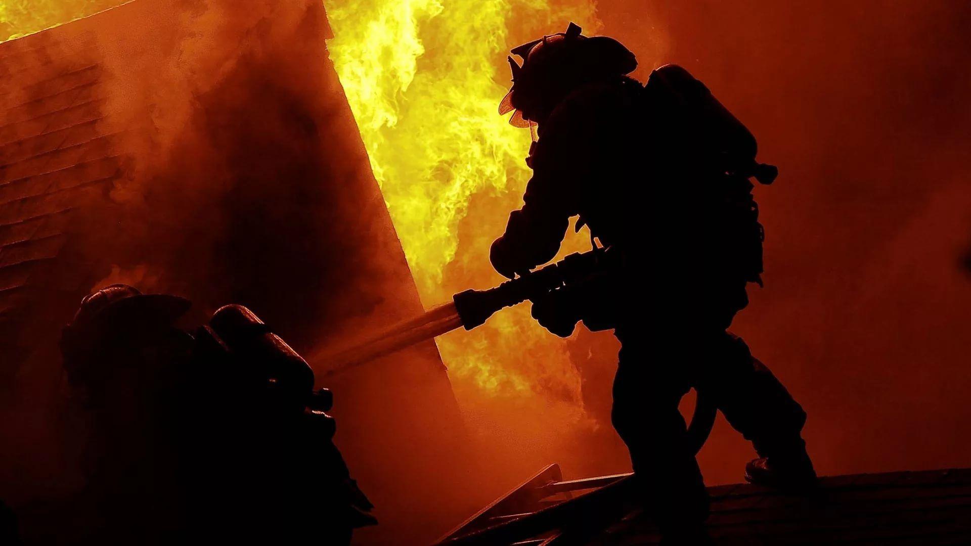 Firefighter full hd wallpaper for laptop