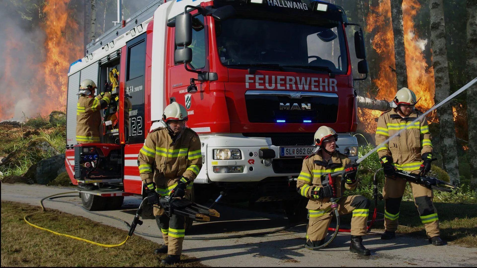 Firefighter wallpaper theme