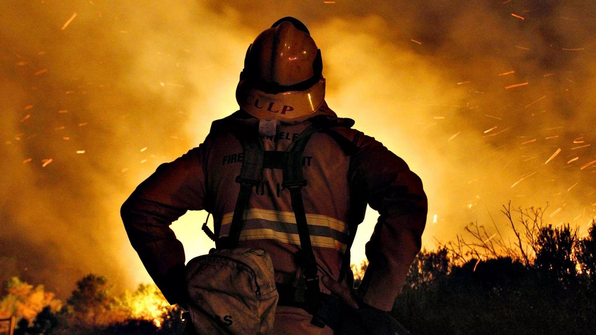 Firefighter computer wallpaper