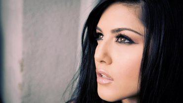 Sunny Leone Download desktop wallpaper