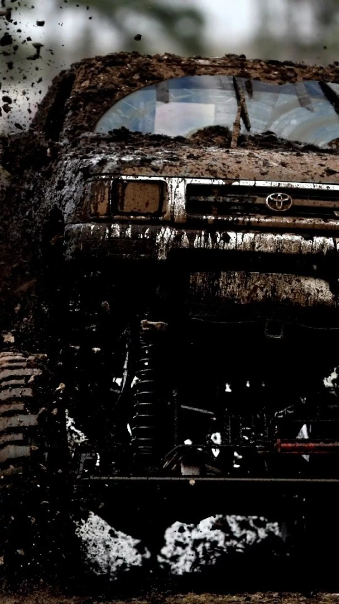 Lifted Truck iPhone 5 wallpaper