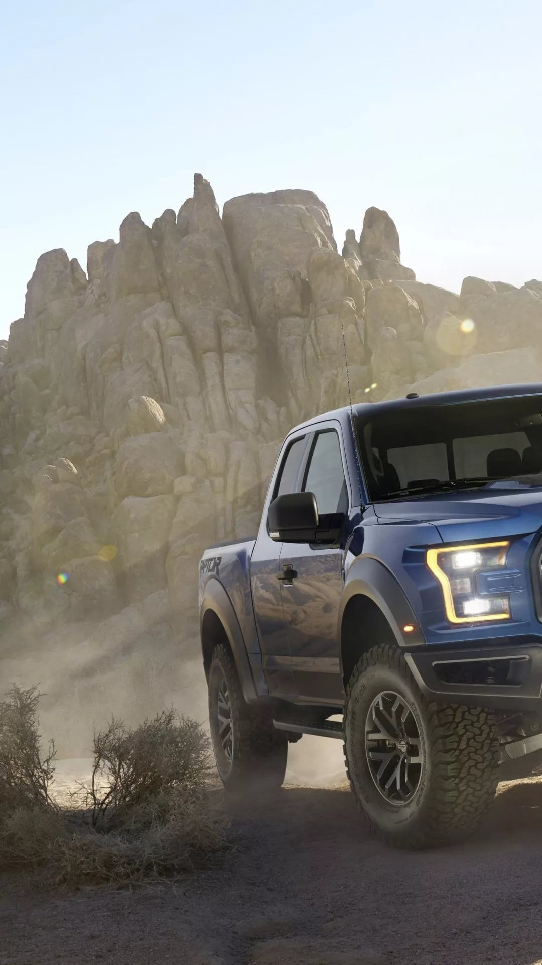 Lifted Truck iPhone hd wallpaper
