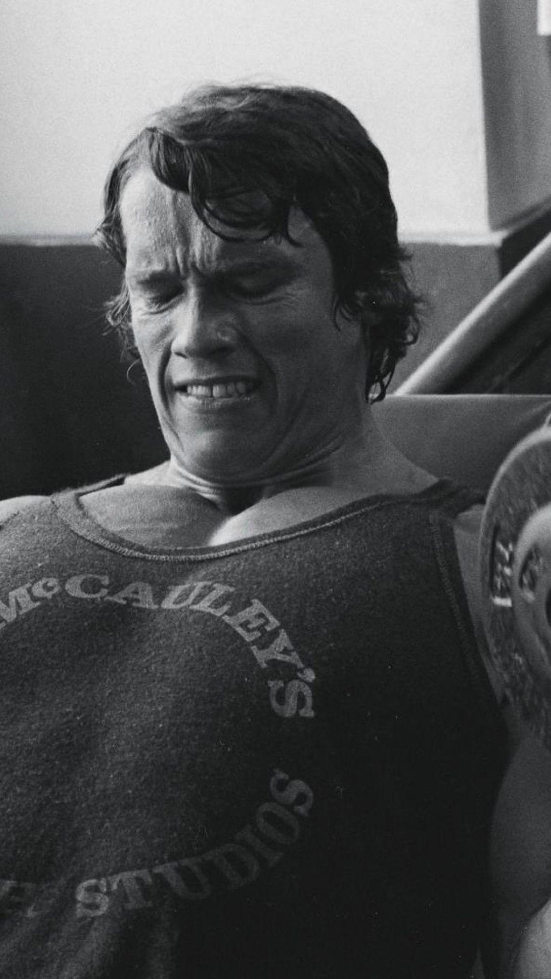 Arnold Schwarzenegger Iphone Wallpaper Free Download