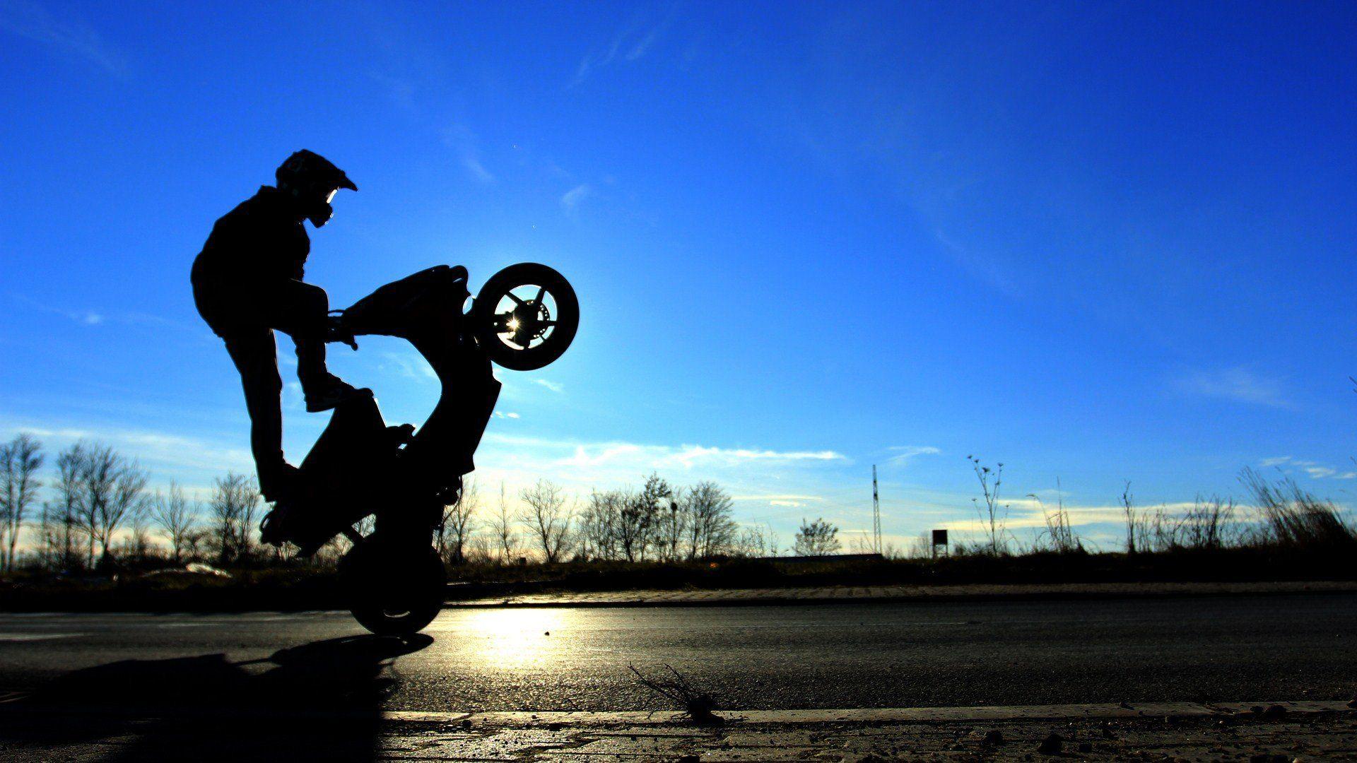 Motorbike Stunt Wallpaper Images