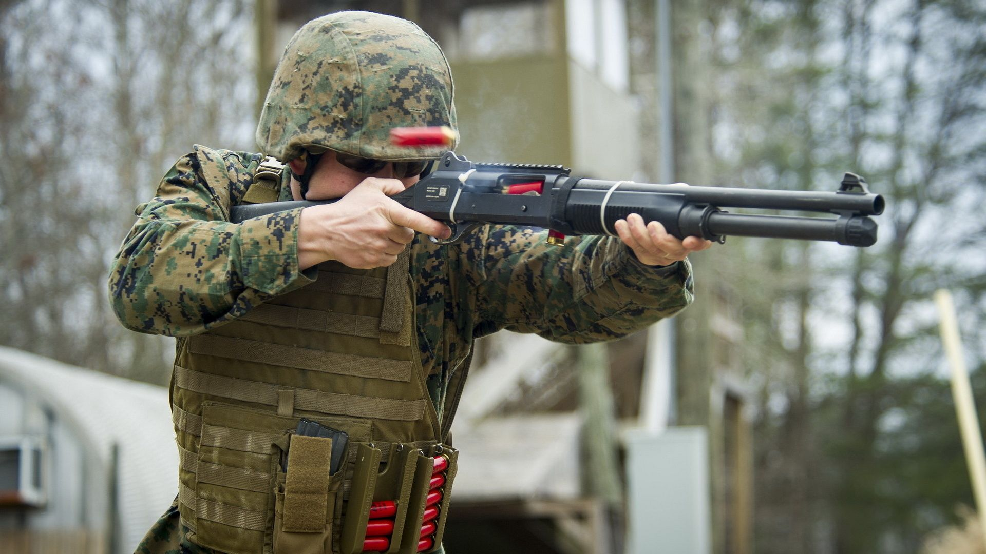 United States Marine Corps, Soldiers, Weapons