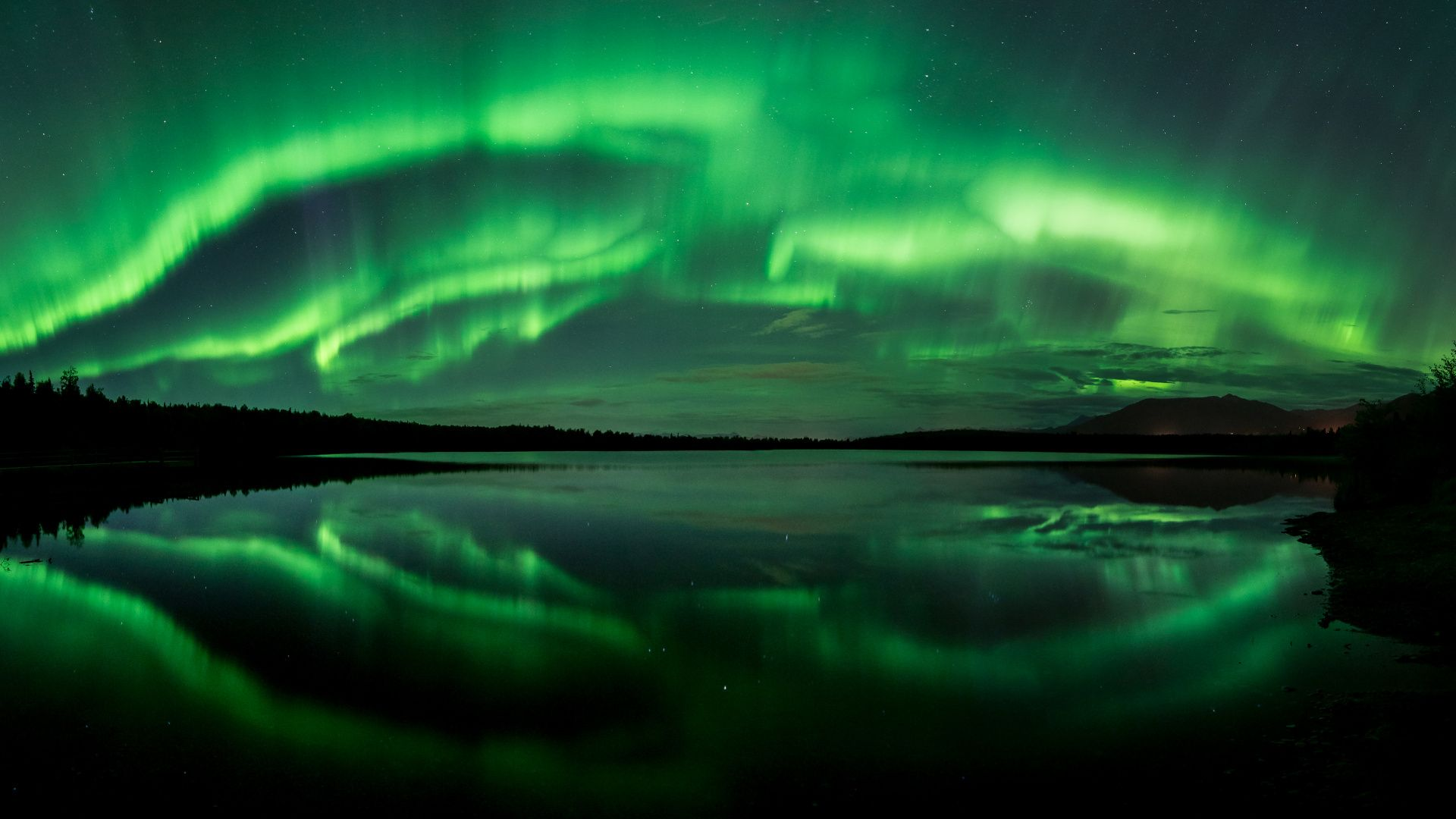 41 Northern Lights Wallpapers