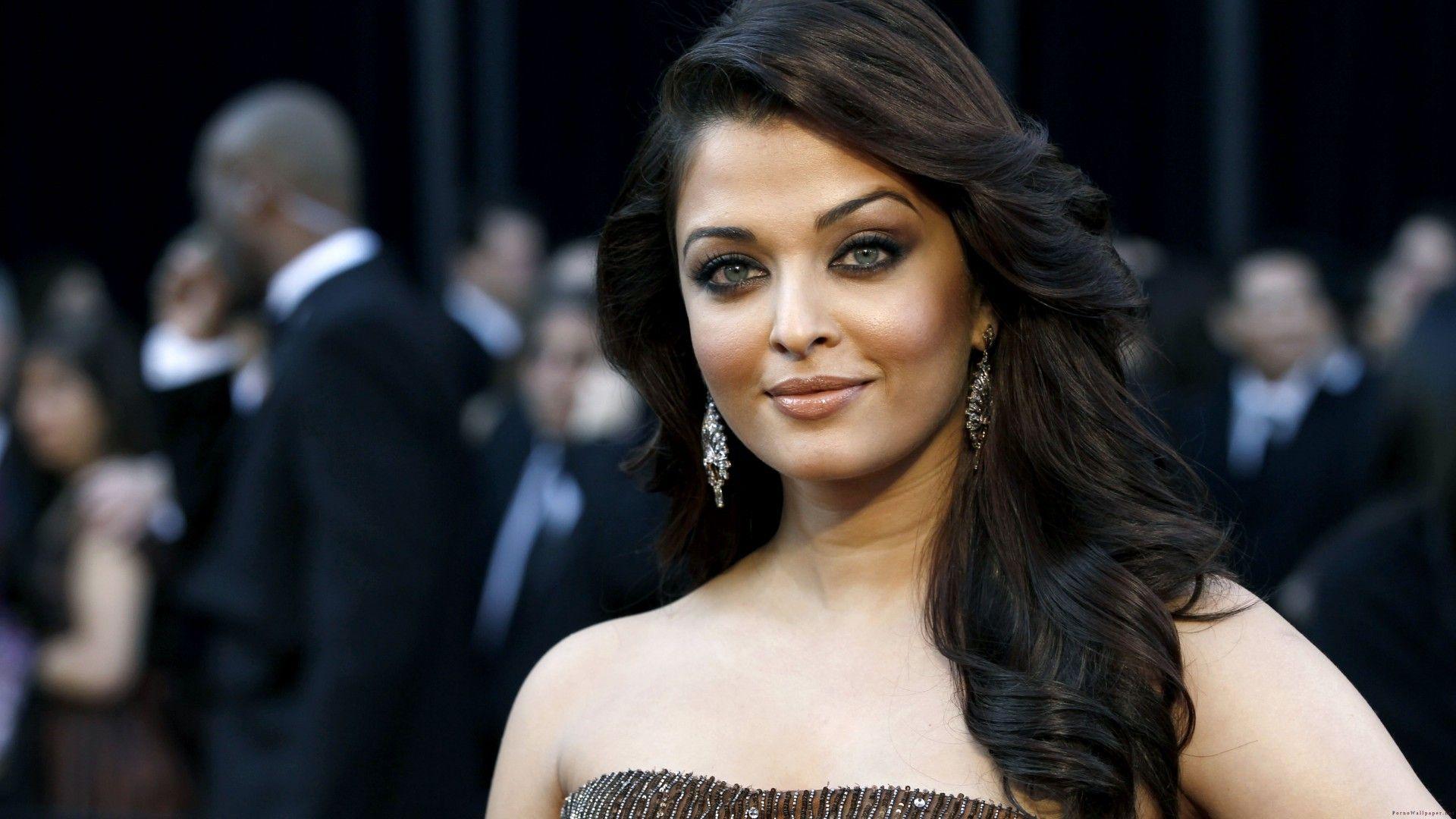 Indian Actress Aishwarya Rai Photo