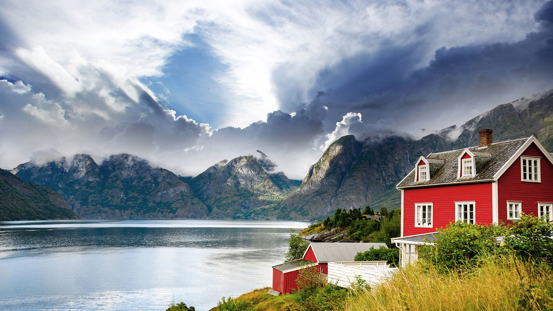 Norway Houses In The Mountains
