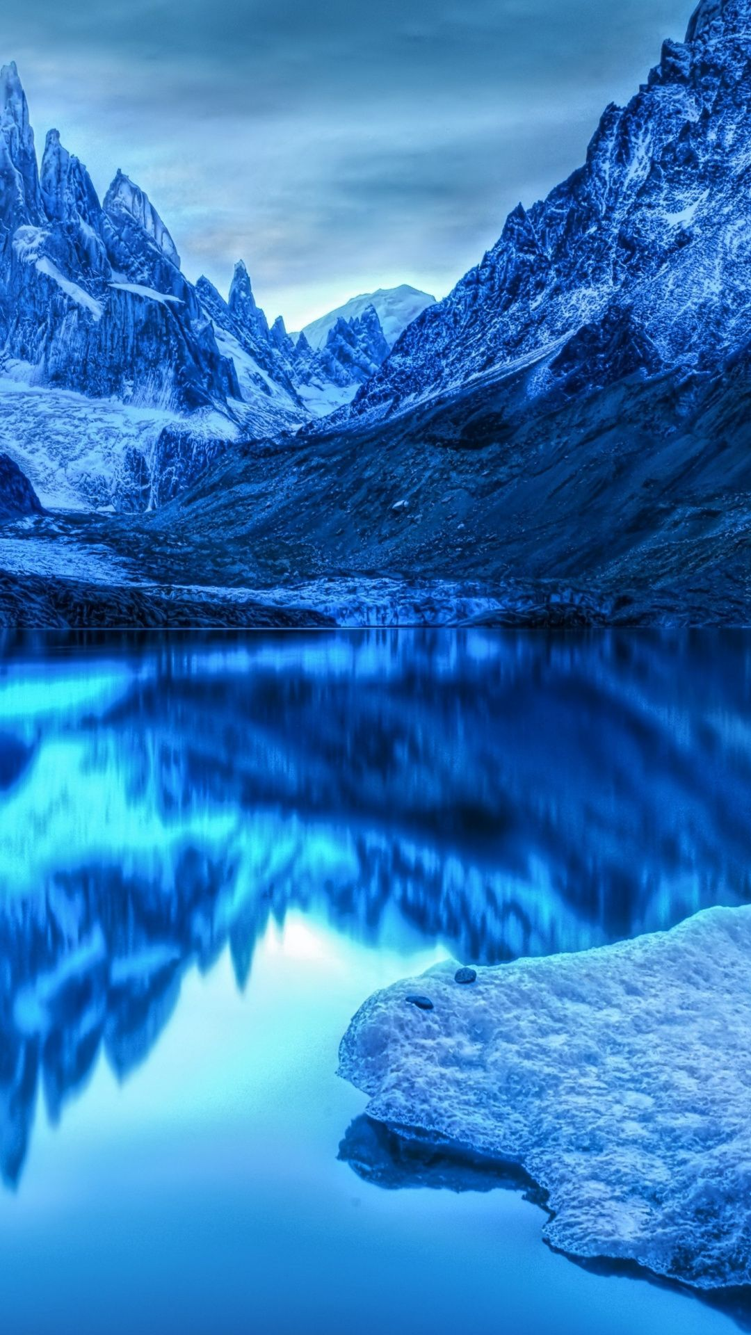 Wallpaper For Iphone Mountain Blue