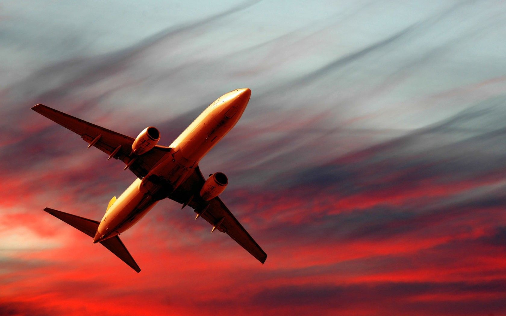A Plane Taking Off Images 1