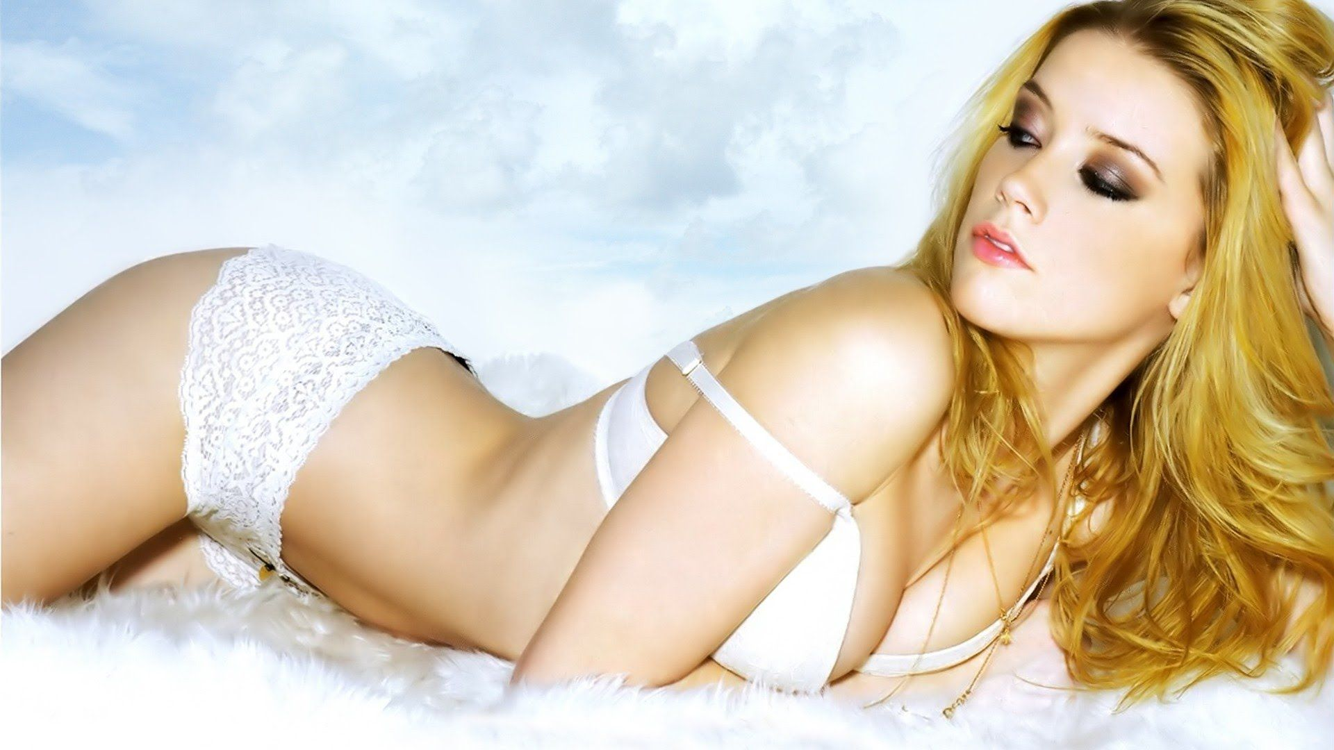 Amber Heard Photo Shoot