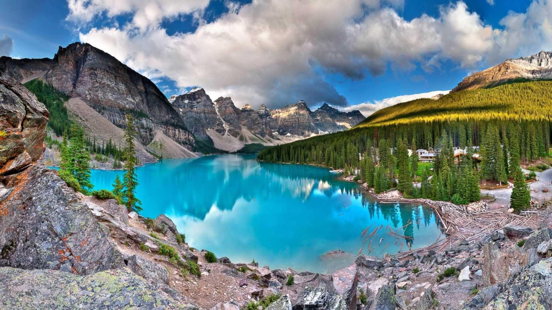 Glacial Moraine Lake