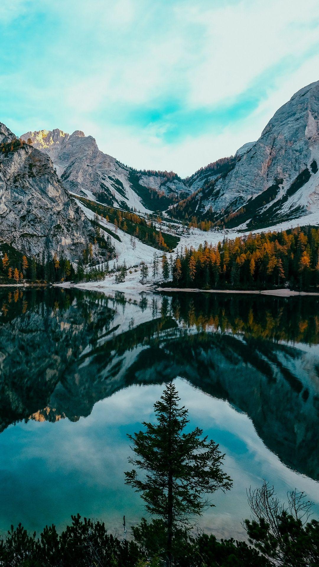 Lake Banff Canada