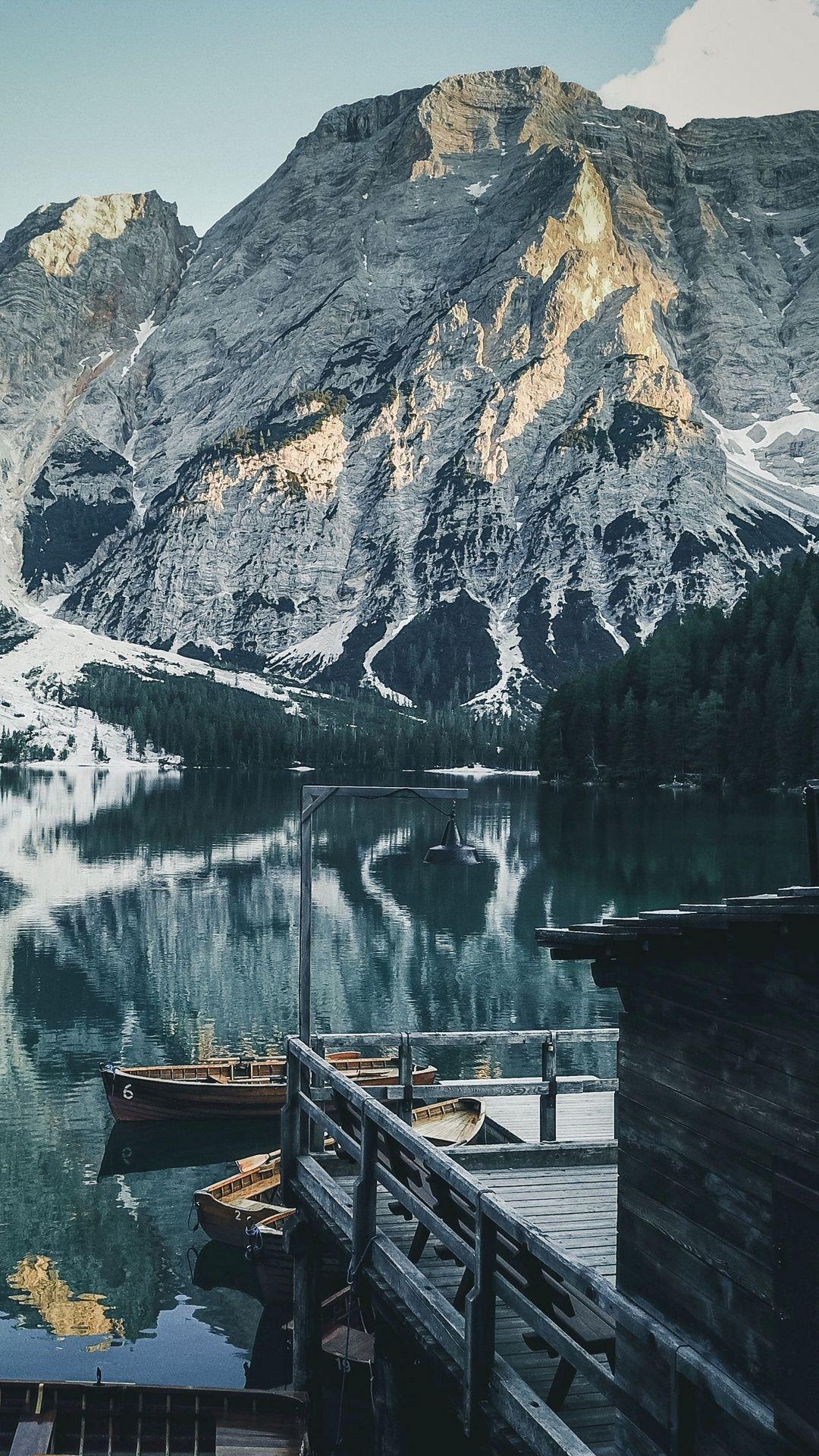 Lake Braies Photo