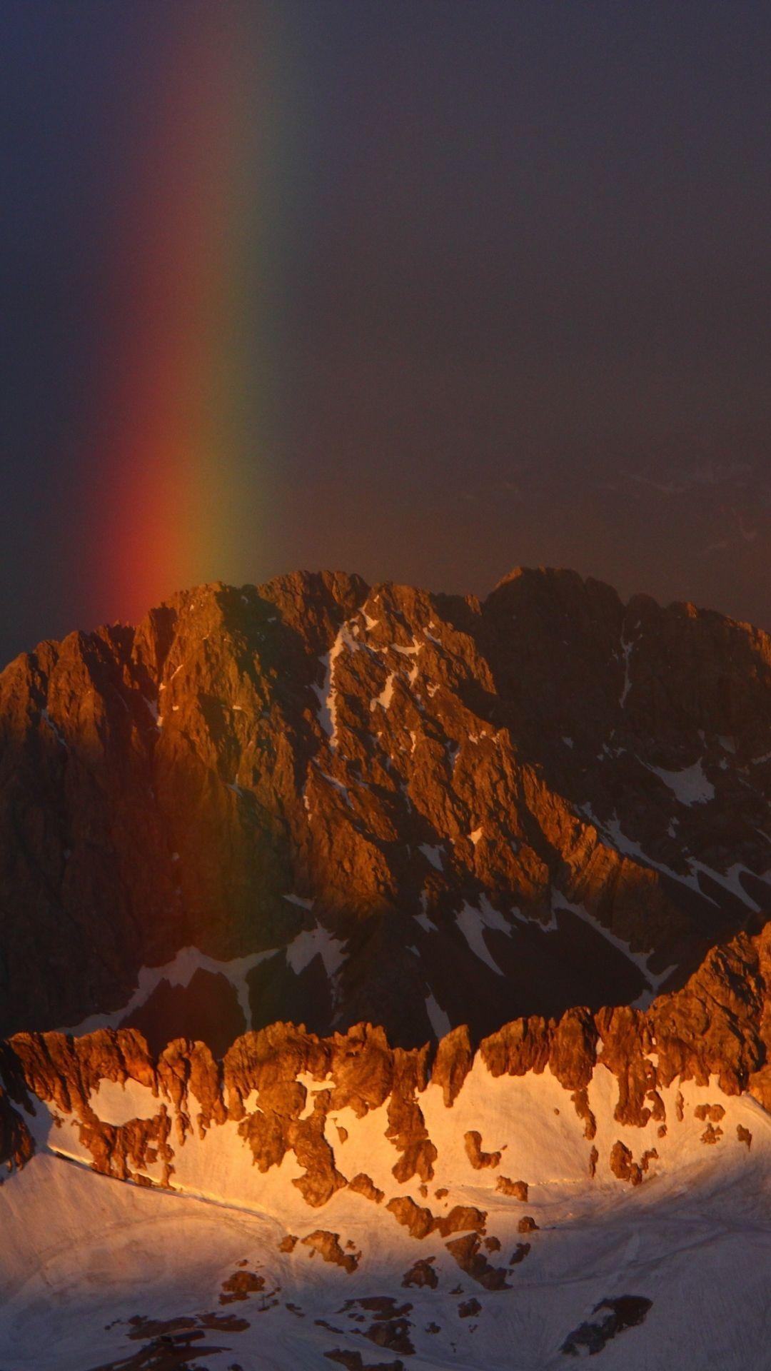 Mountains 1366 768