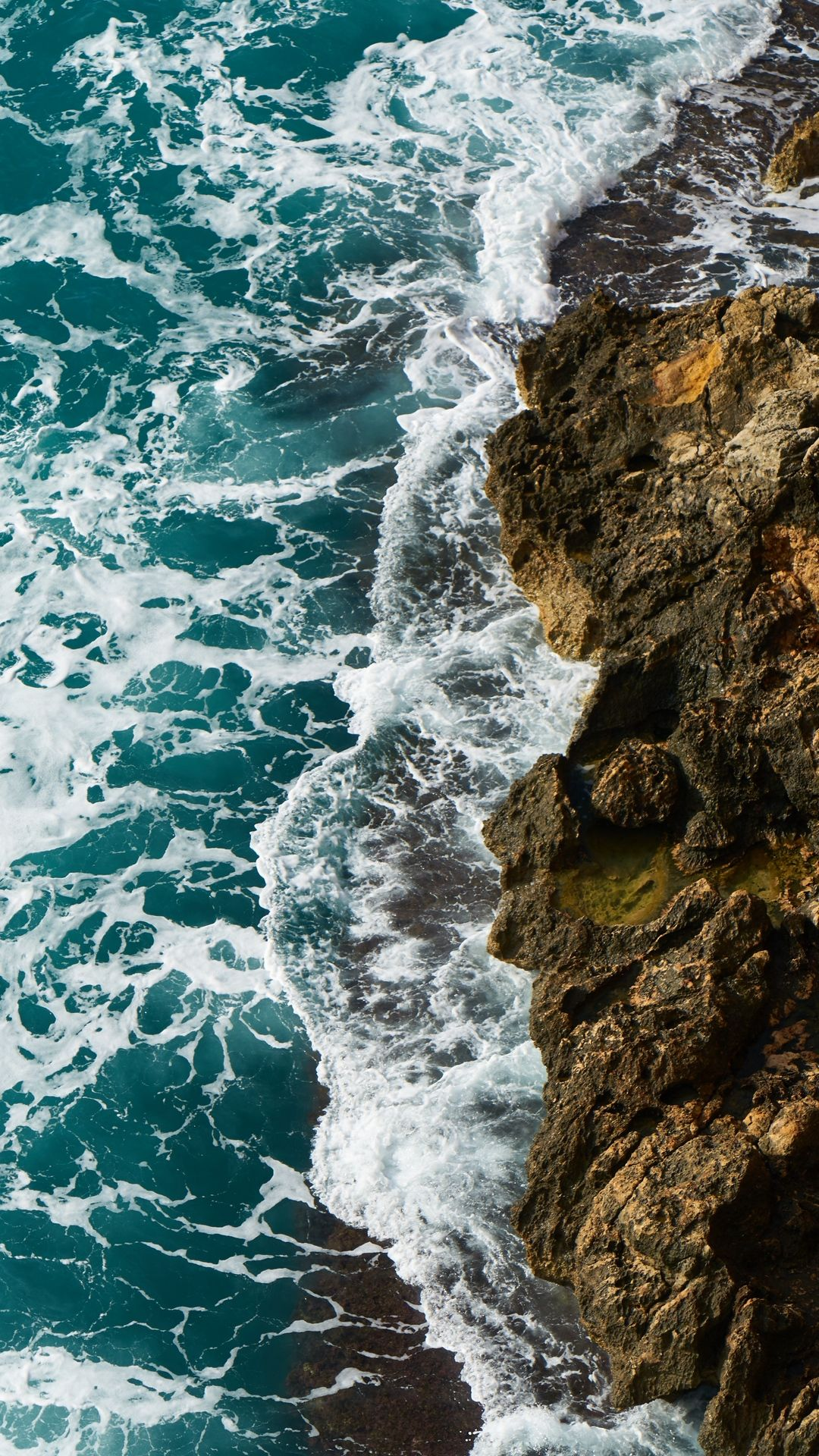 Pictures Of Waves And Rocks Hd
