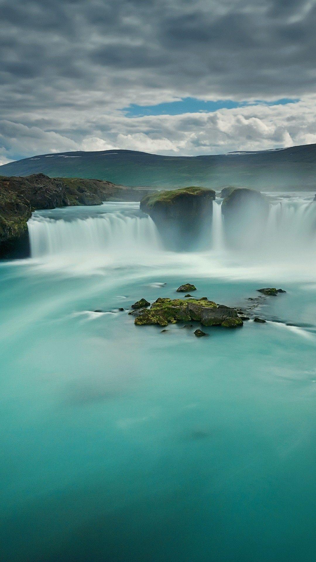 Waterfall Godafoss Iceland Wallpaper