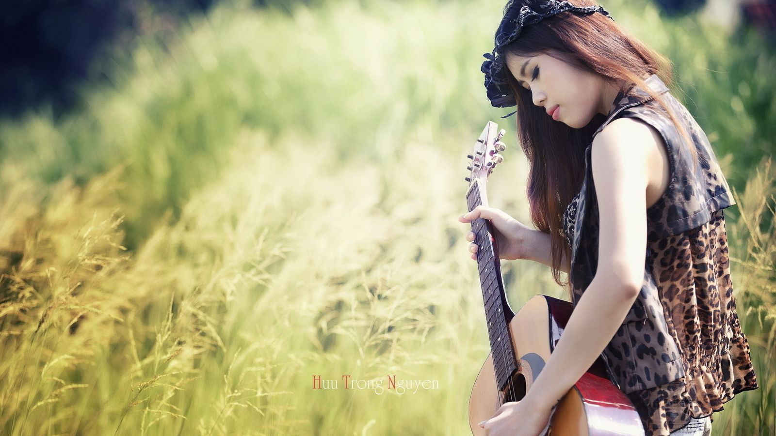 Beautiful Pictures With Guitar Girl