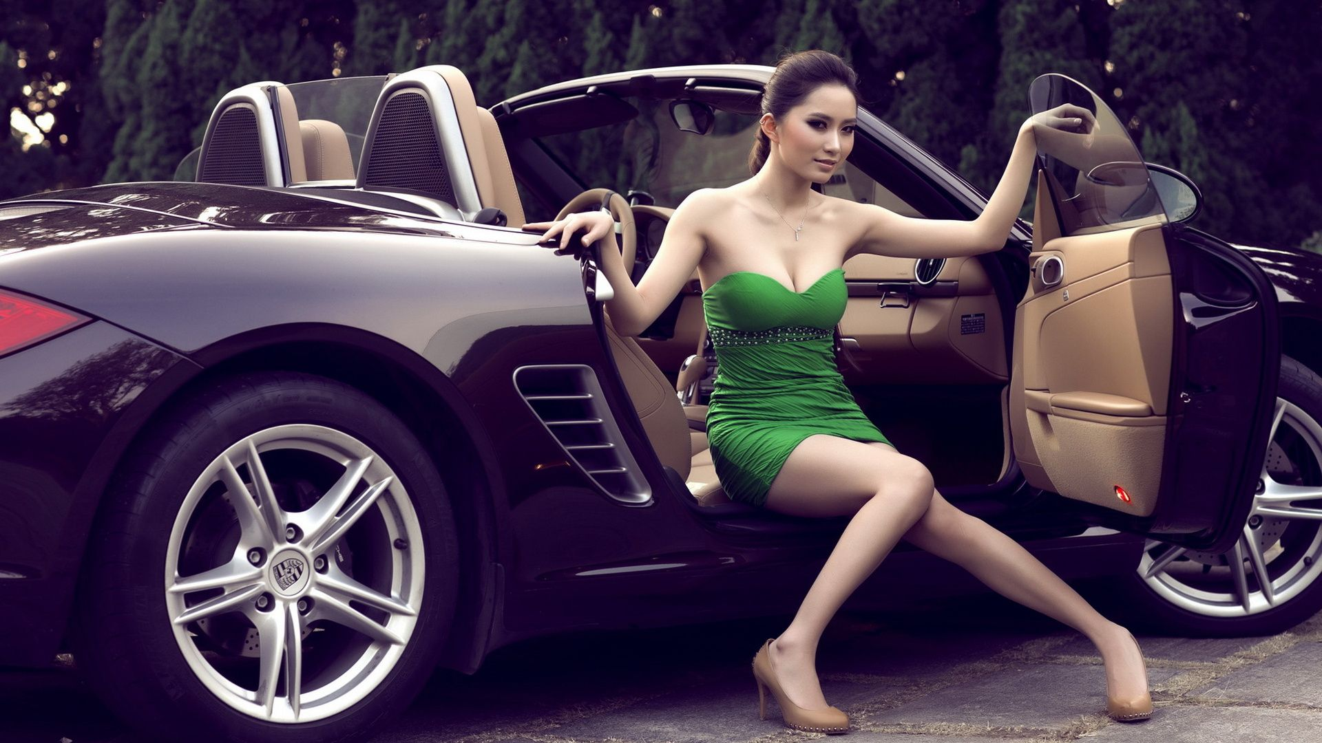 Car Girl picture free download