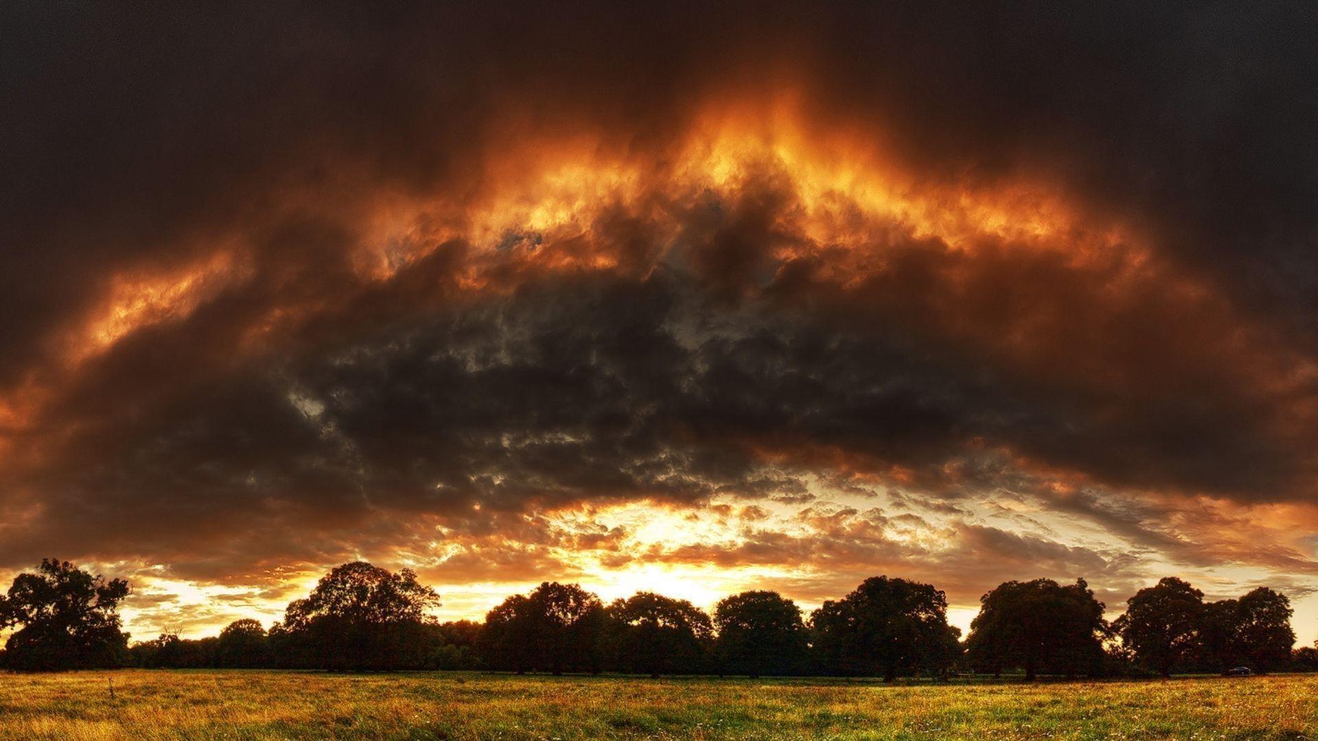 Dark Clouds desktop background hd
