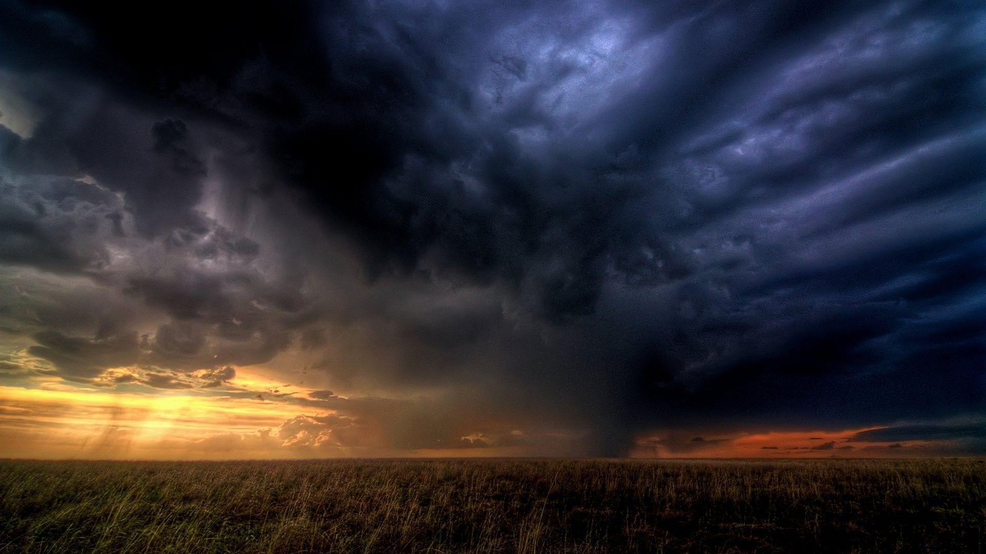 Dark Clouds full hd wallpaper download