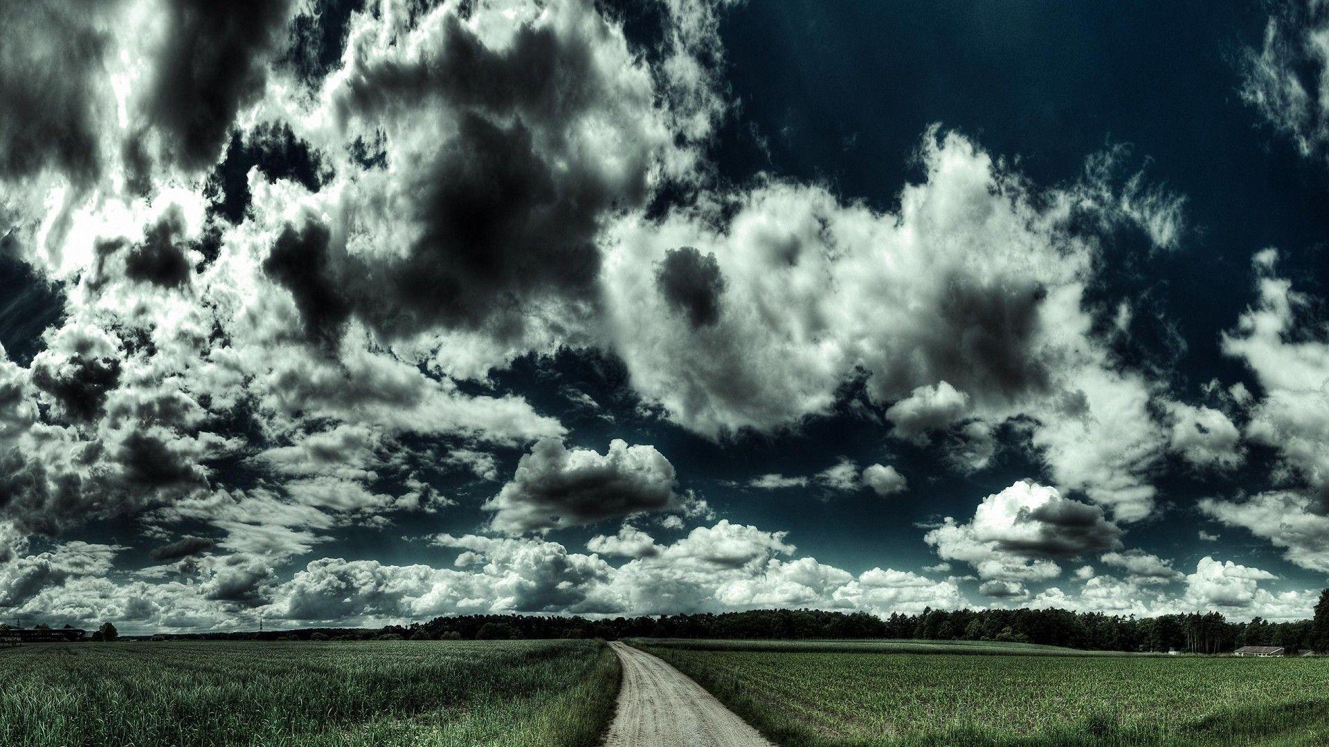 Dark Clouds full hd image