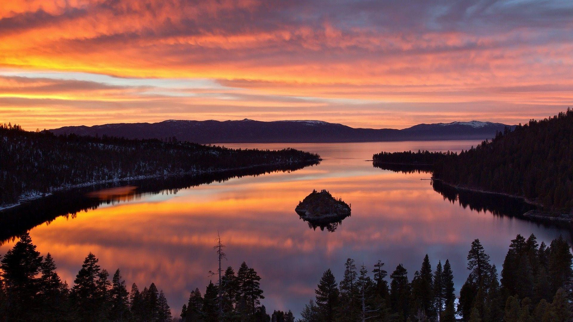 Lake Tahoe wallpaper background