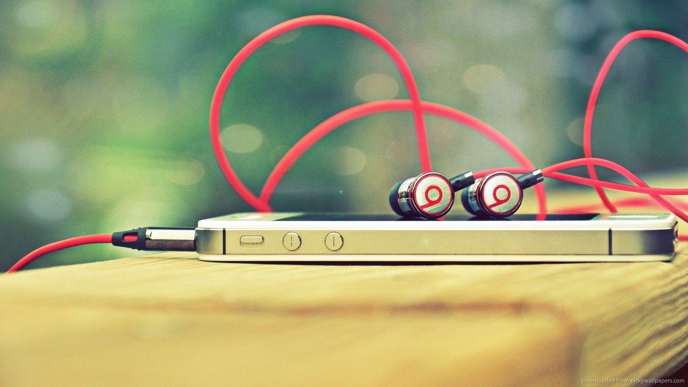 Music Laptop free image