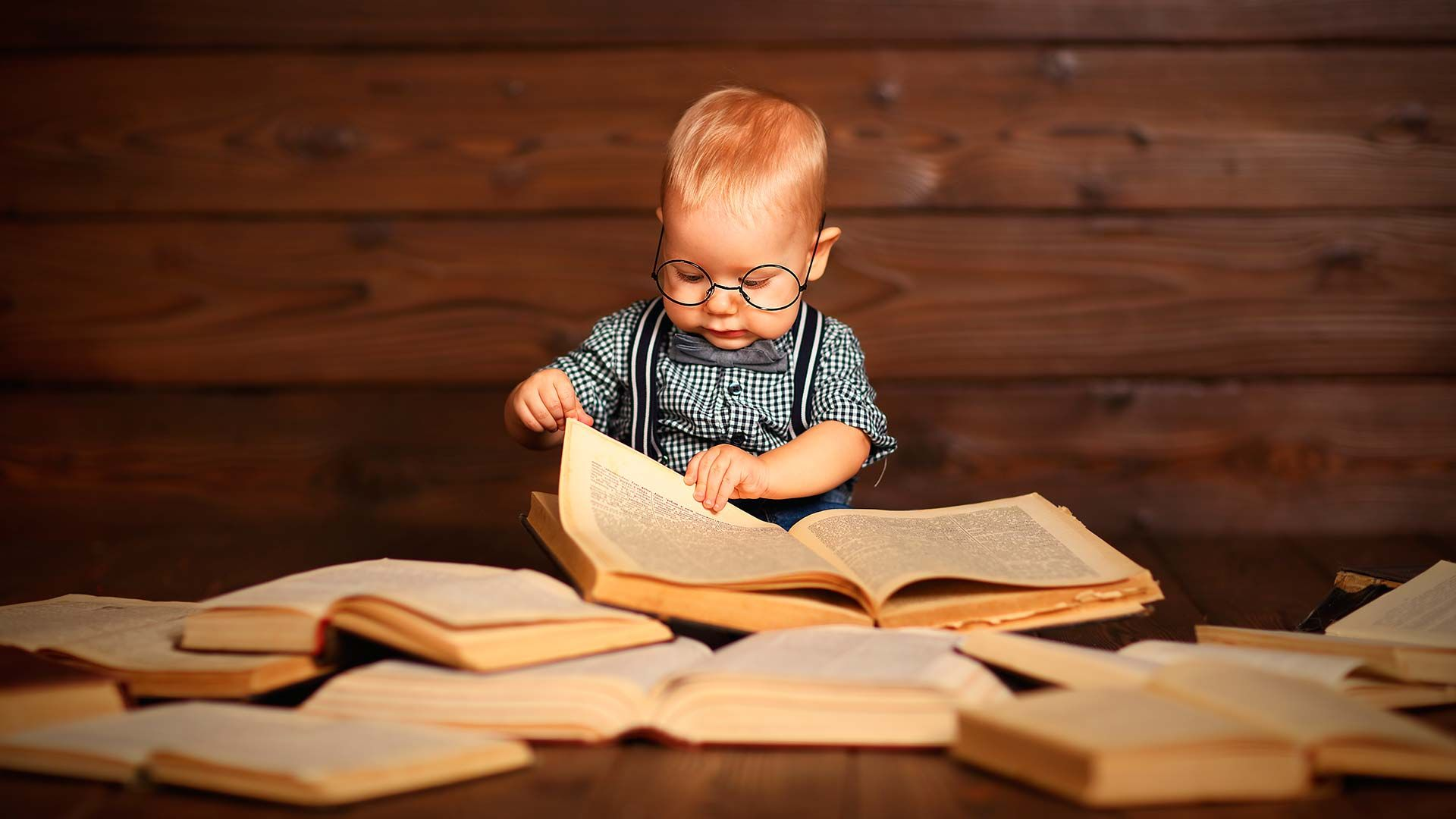 Note To Baby In Book Cool Wallpaper