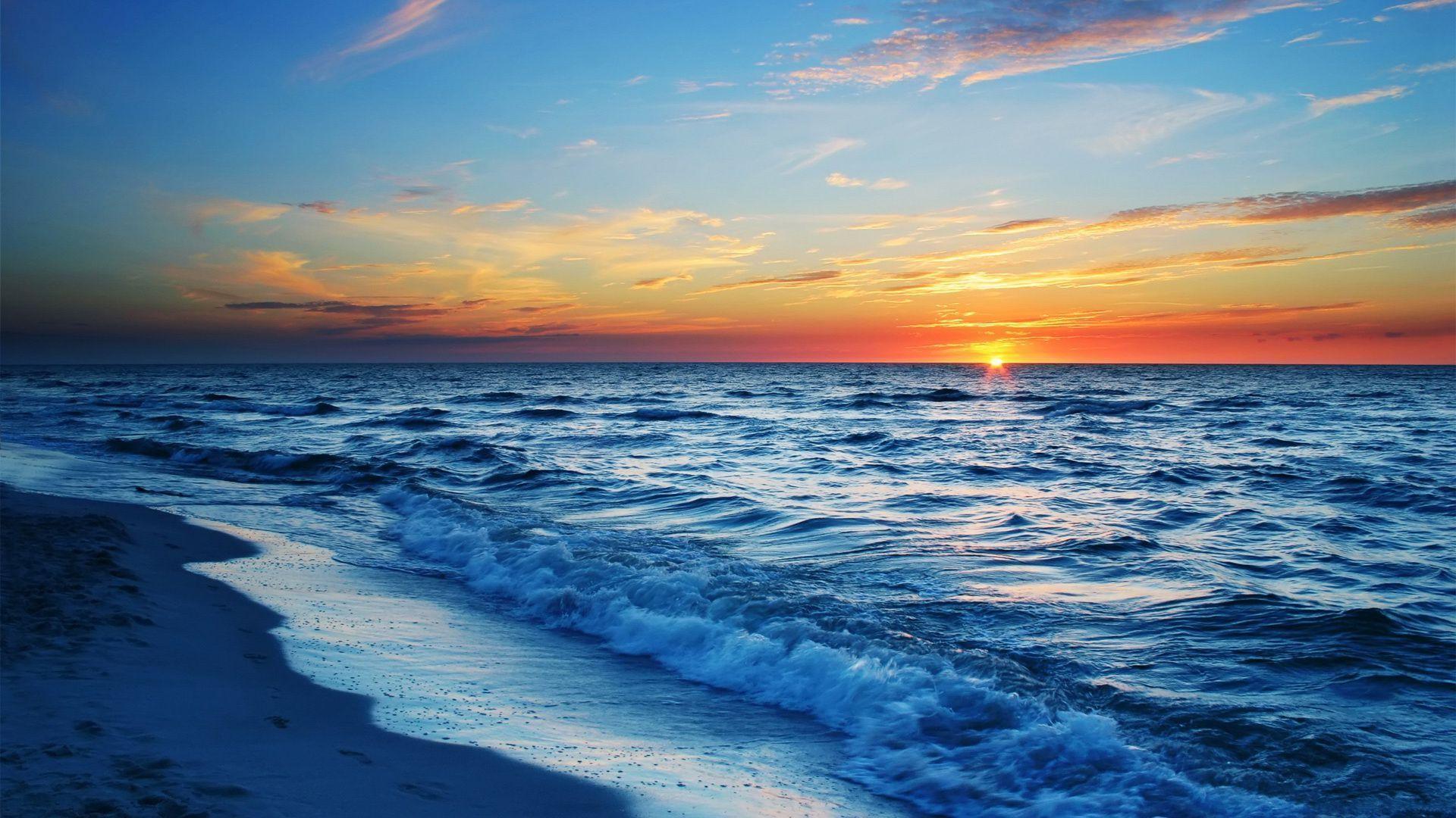 Ocean Sunset Background Wallpaper