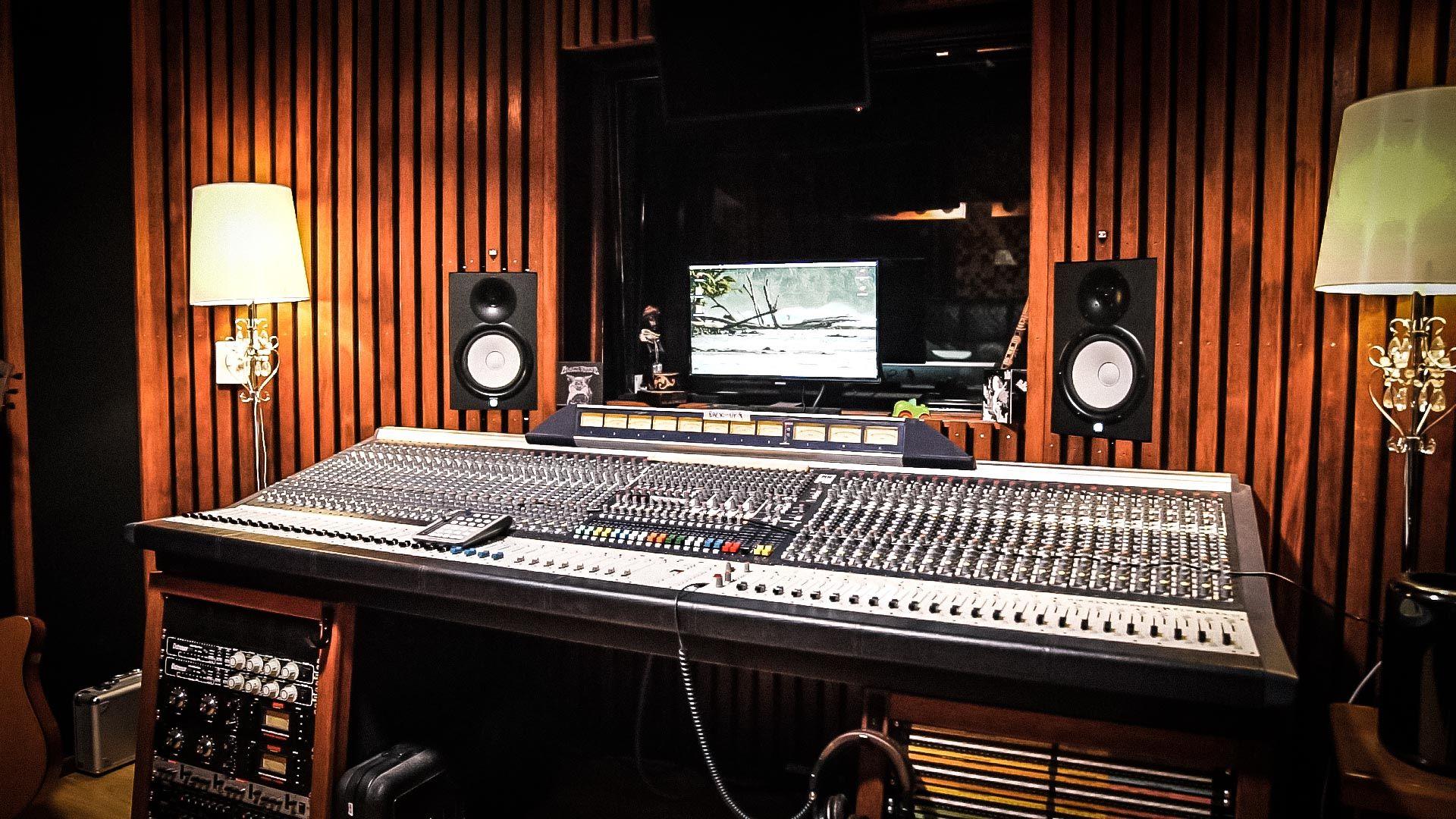 Recording Studio free hd wallpaper