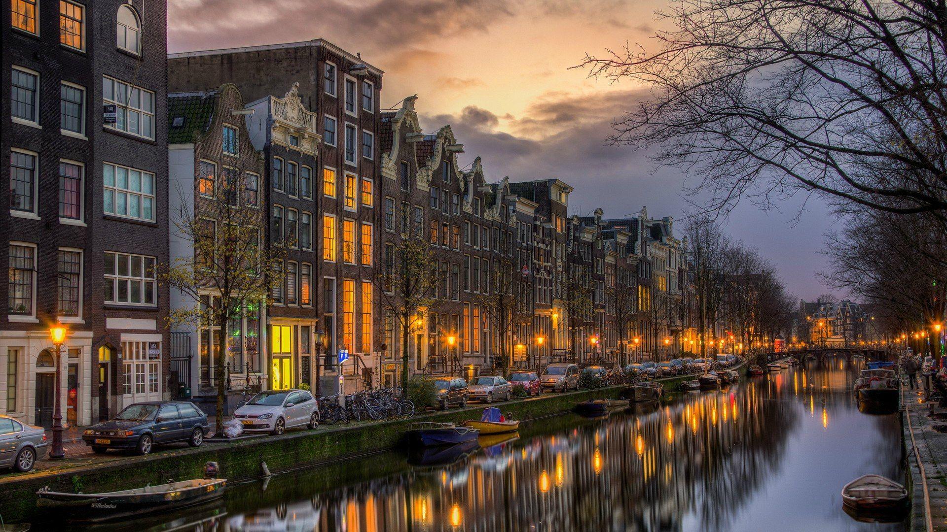Amsterdam HD Desktop Wallpaper