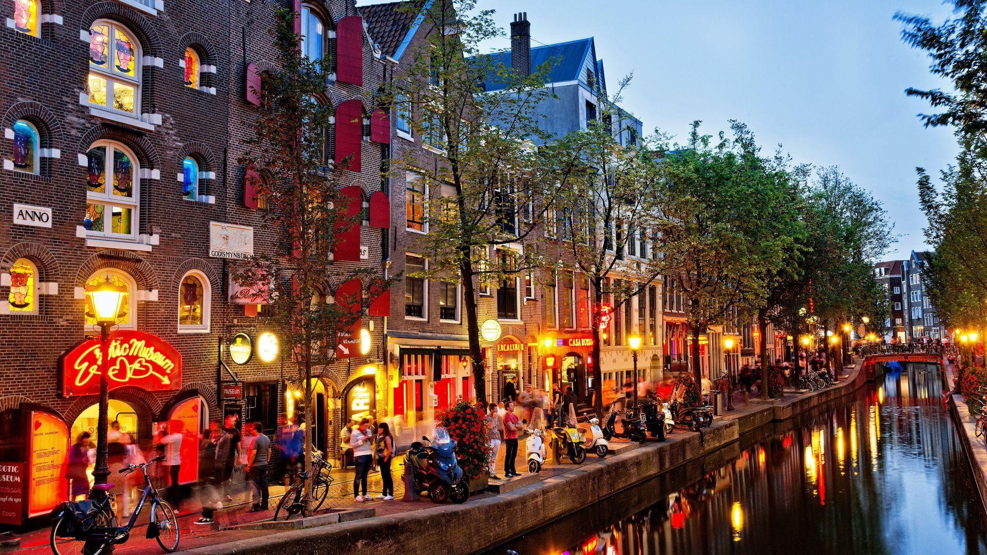 Amsterdam Nice Wallpaper