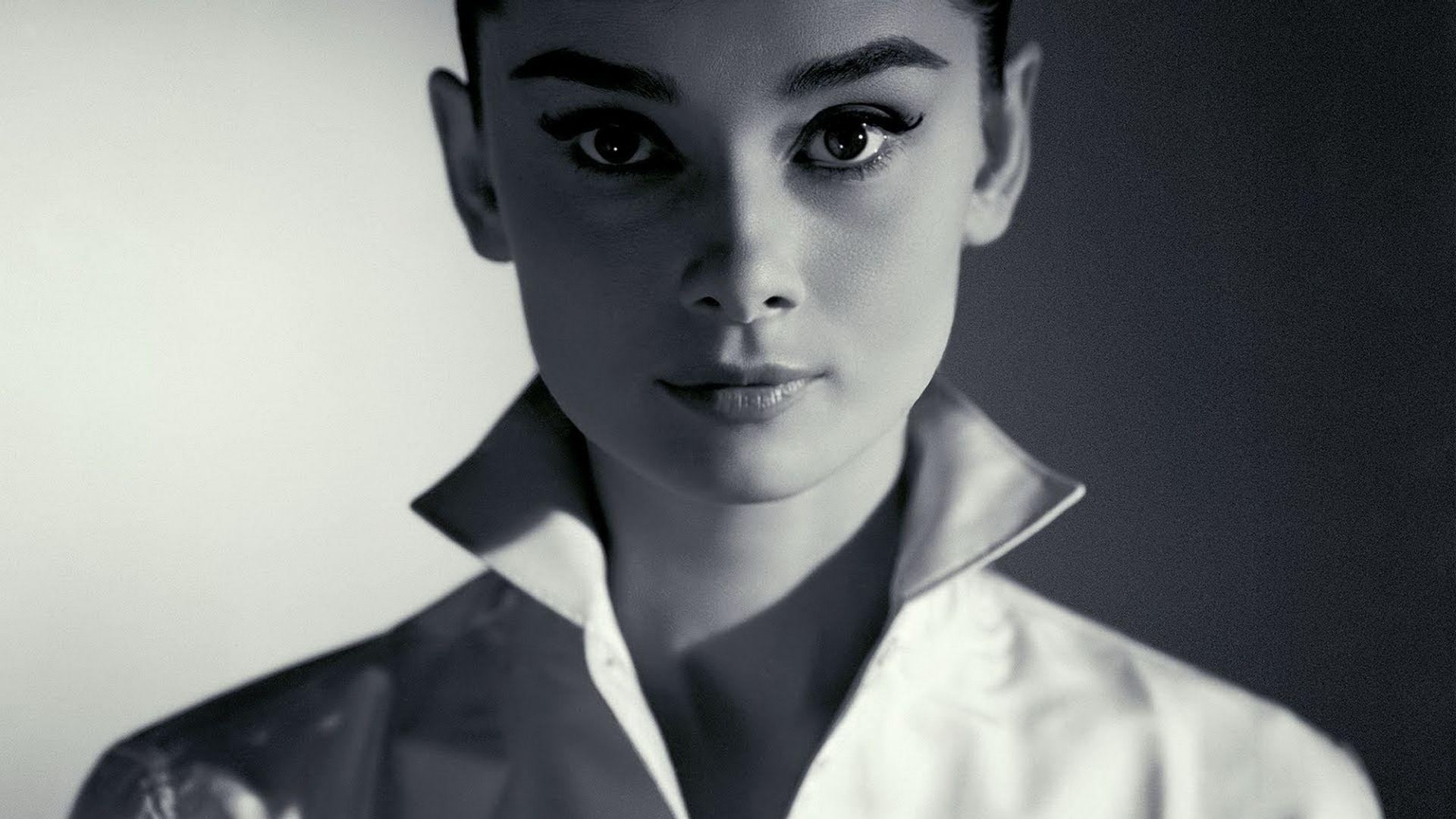 Audrey Hepburn PC Wallpaper HD