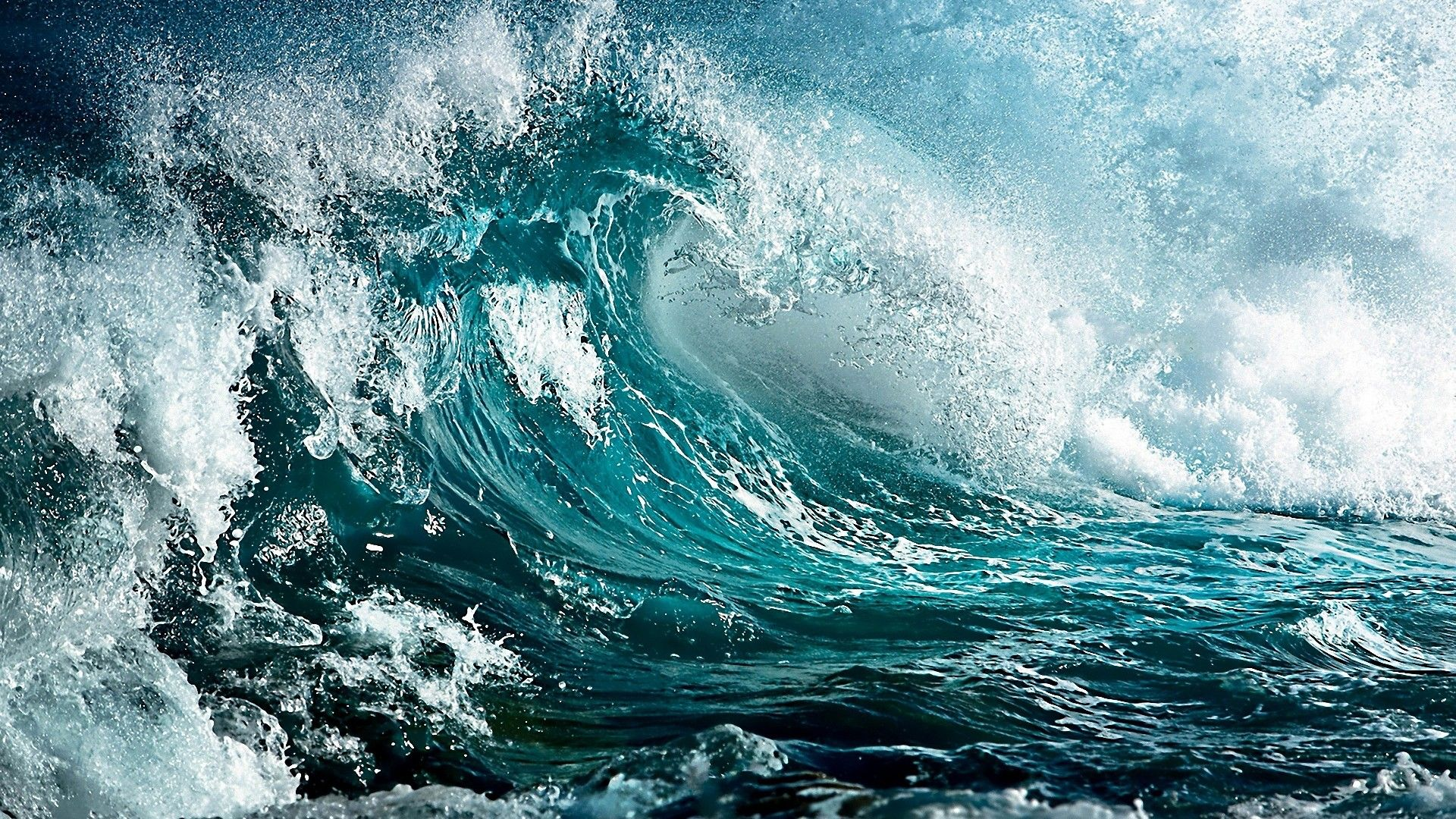 Beautiful Ocean wallpaper theme