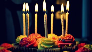 Birthday Cake a wallpaper
